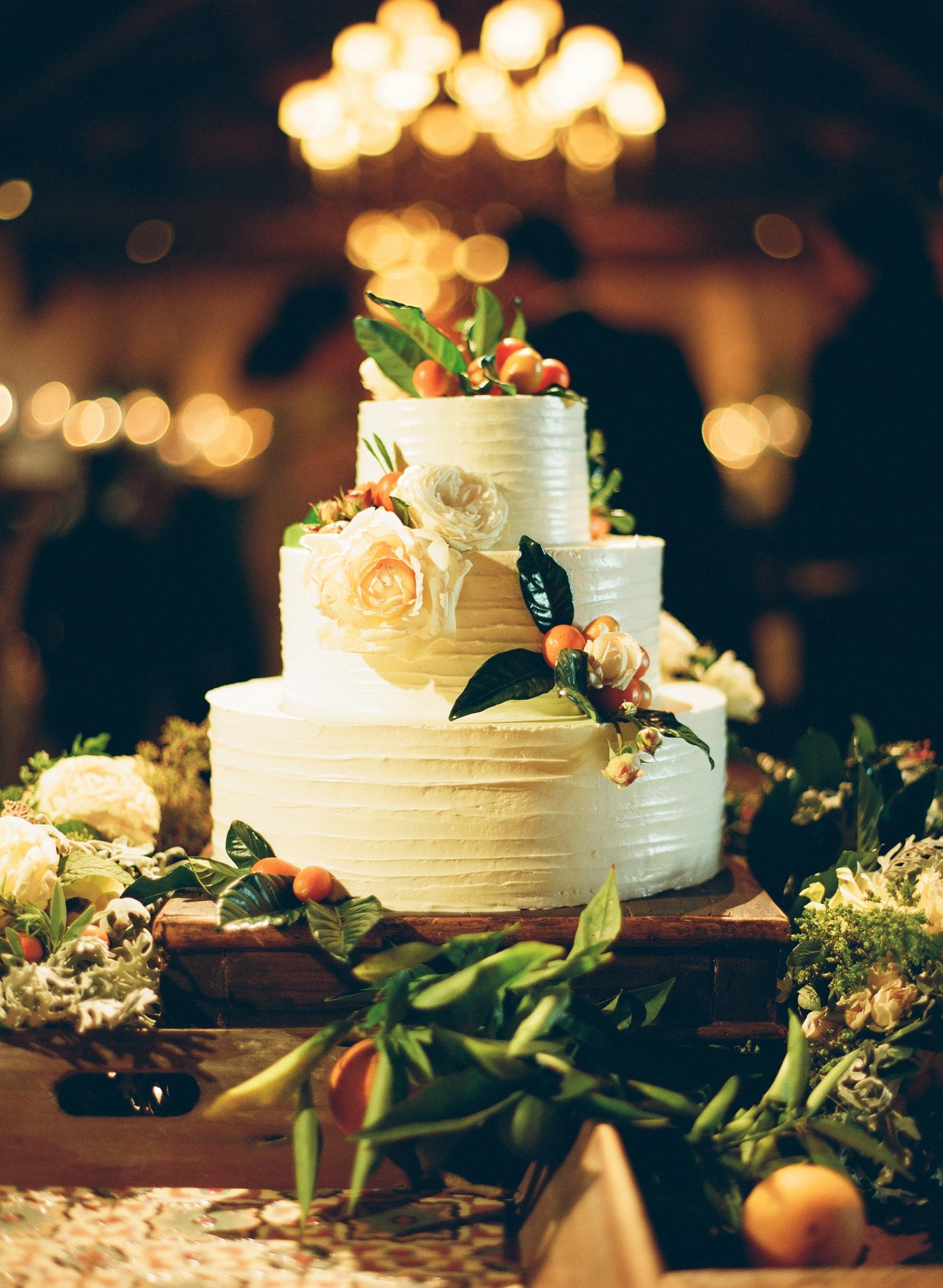 www.santabarbarawedding.com | Santa Barbara Wedding Style |  Buttercream frosting Three tier wedding cake | Megan Sorel Photography | Alexandra Kolendrianos | Four Seasons Biltmore