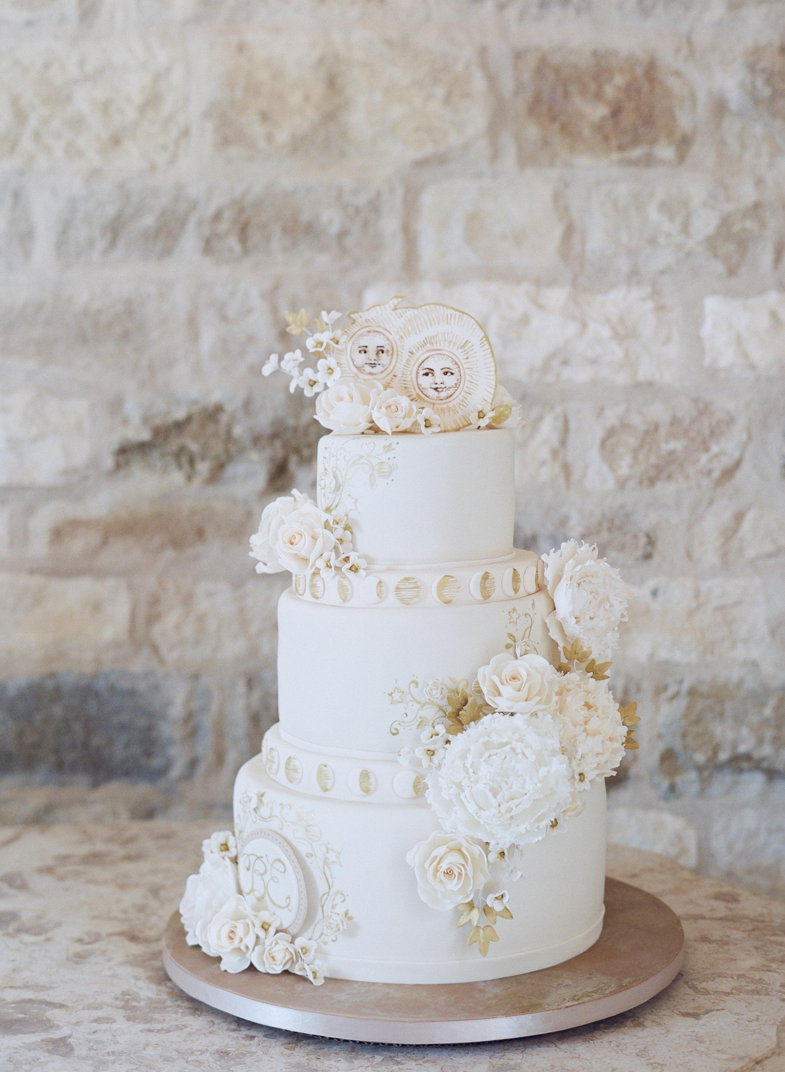 www.santabarbarawedding.com | Santa Barbara Wedding Style | Pink Buttercream frosting Three tier wedding cake | Merryl Brown Events | Elizabeth Messina Photography | ROBYN LOVES CAKE