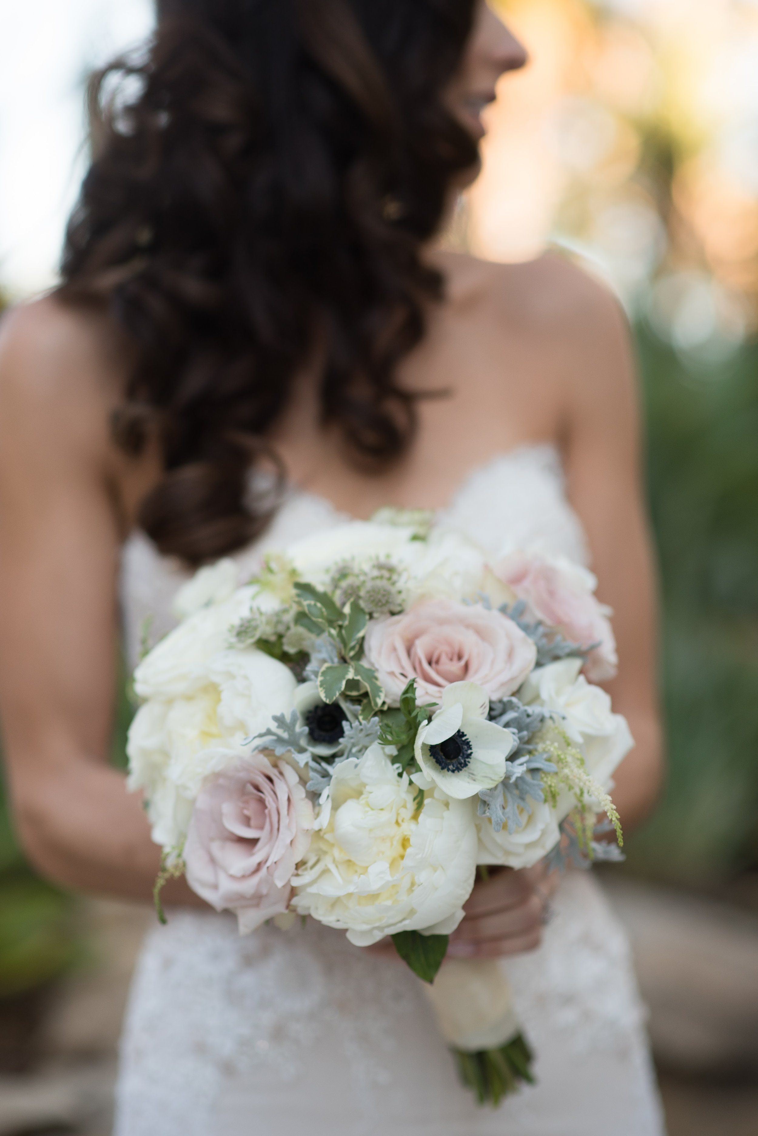 www.santabarbaraweddingstyle.com | Santa Barbara Wedding Style | Precious and Blooming | El Encanto Wedding | Nate and Jenny Weddings | Bride Bouquet Soft PInk