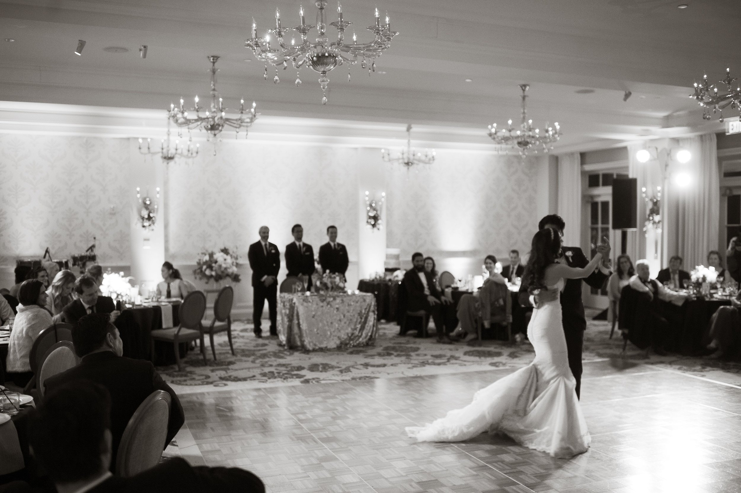 www.santabarbaraweddingstyle.com | San | Felici Events | Belmond El Encanto | Nate & Jenny Weddings | Precious and Blooming | Reception | First Dance | Black and White