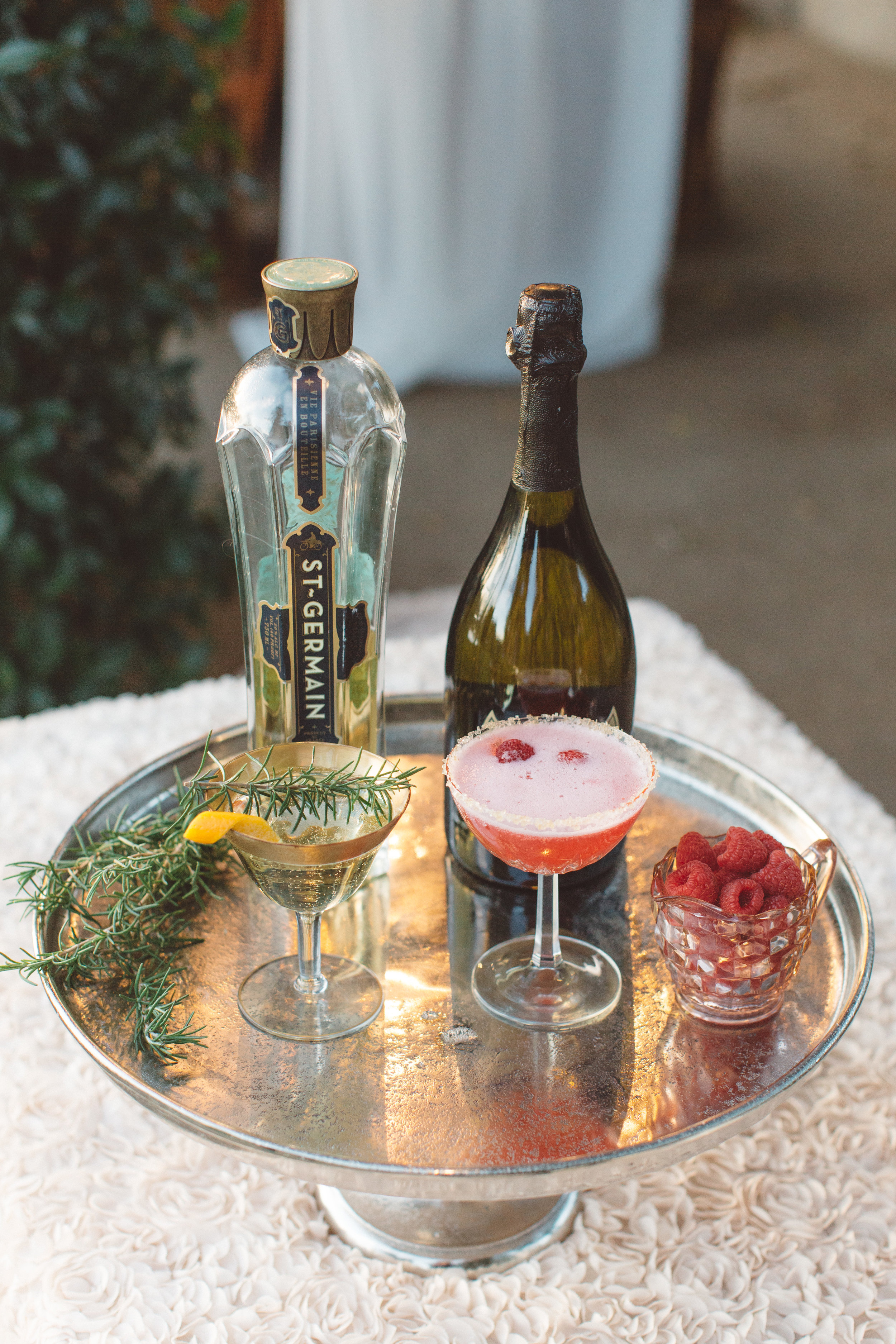 santabarbarawedding.com | Anna Delores Photography | Beverage Cart | Signature Drink