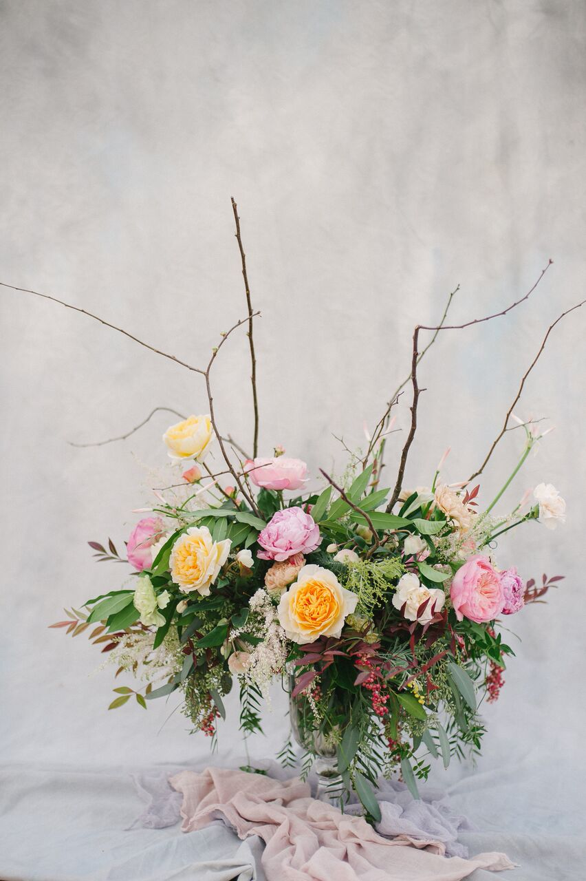 santabarbarawedding.com | Ella & Louie Floral Design | Florist | Wedding Flowers | Orange and Pink Centerpiece