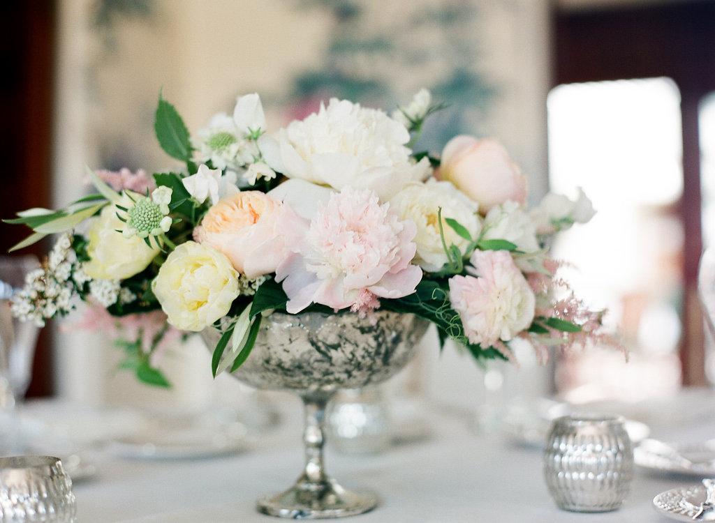 santabarbarawedding.com | Photo: Diane McGregor | Romantic Garden wedding in Montecito