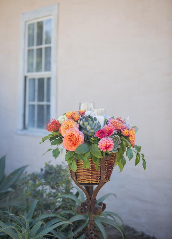 santabarbarawedding.com | photo: Willa Kveta | bougainvillea wedding ideas