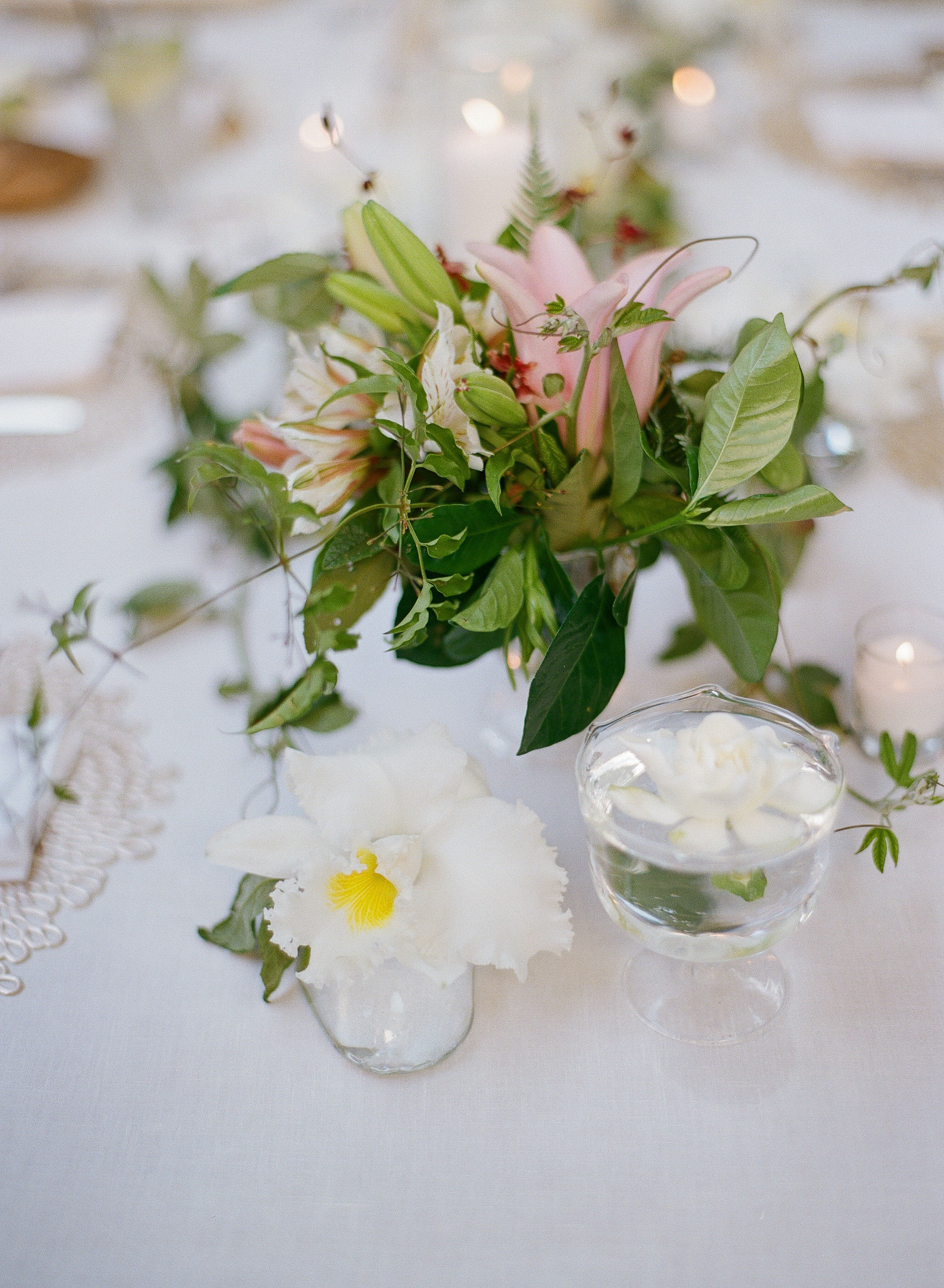 santabarbarawedding.com | Photo: Beaux Arts Photographie | Fern Bouquet Ideas