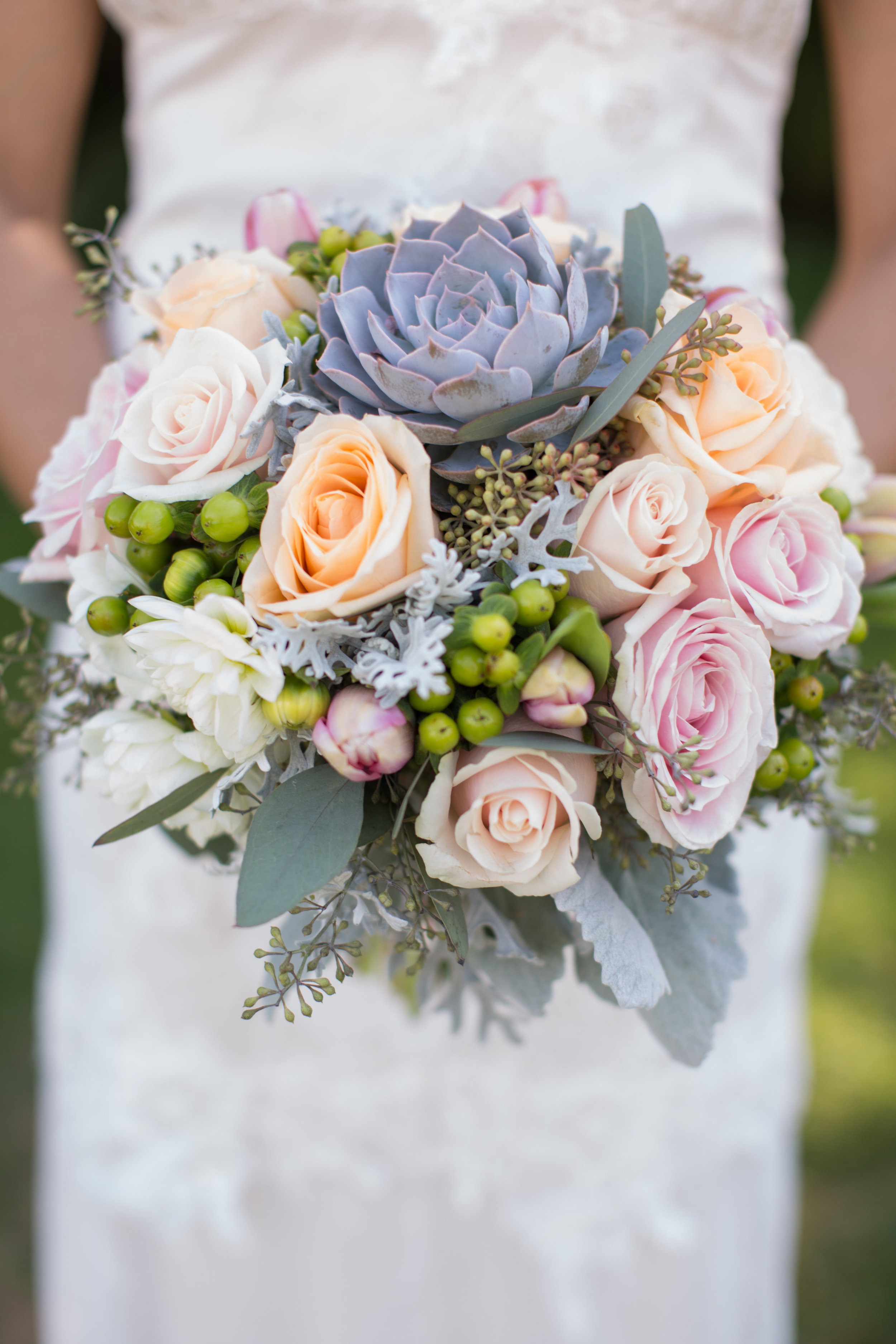 www.santabarbarawedding.com | Anna J Photography | University Club of Santa Barbara | Bridal Bouquet