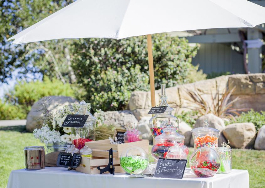 www.santabarbarawedding.com | Willa Kveta Photography | Elings Park | Candy Bar