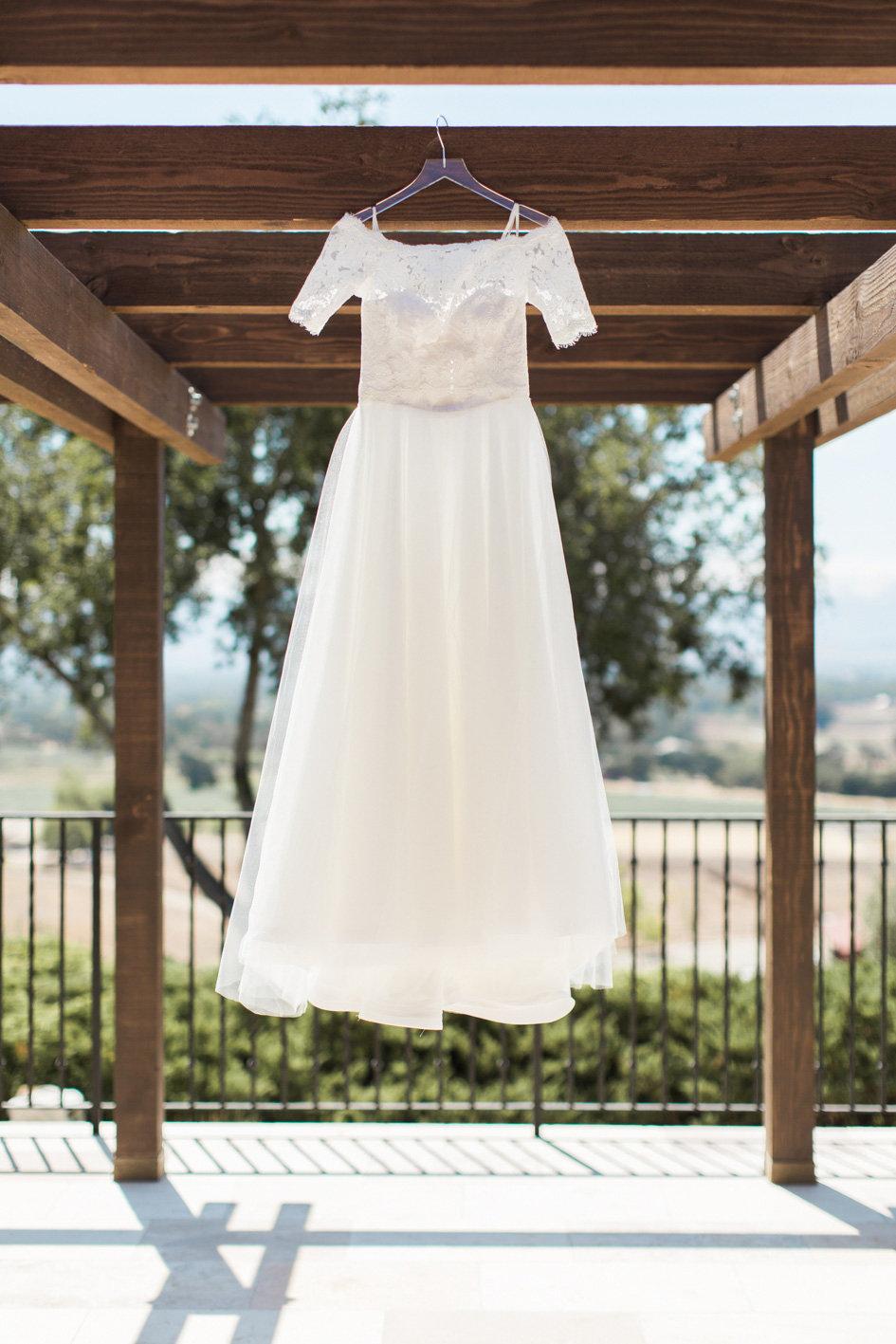 www.santabarbarawedding.com | Anna J Photography | Sogno del Fiore | Wedding Dress