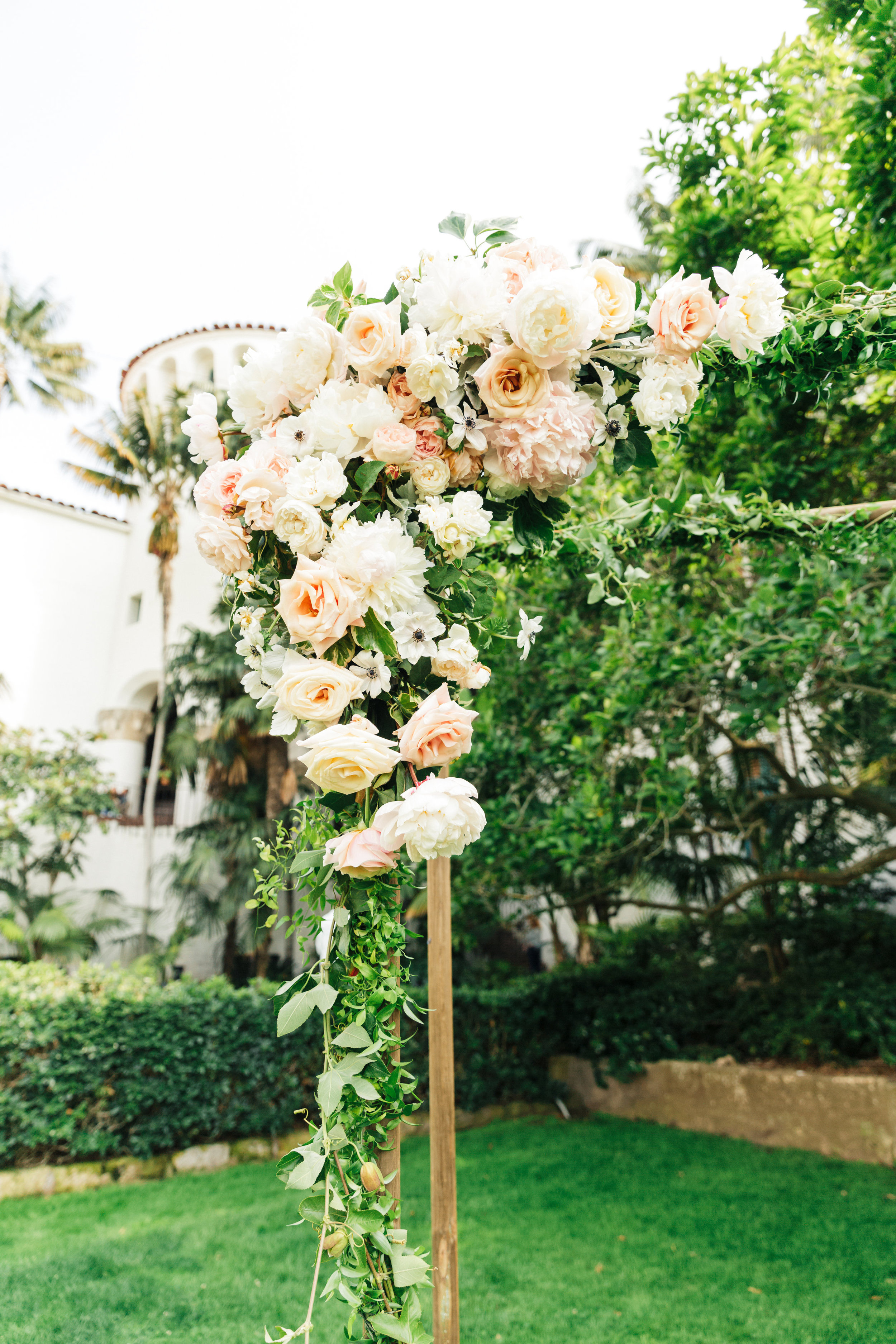 www.santabarbarawedding.com | Sanaz Photography | The Riviera Mansion | Ella and Louie | Wedding Arch