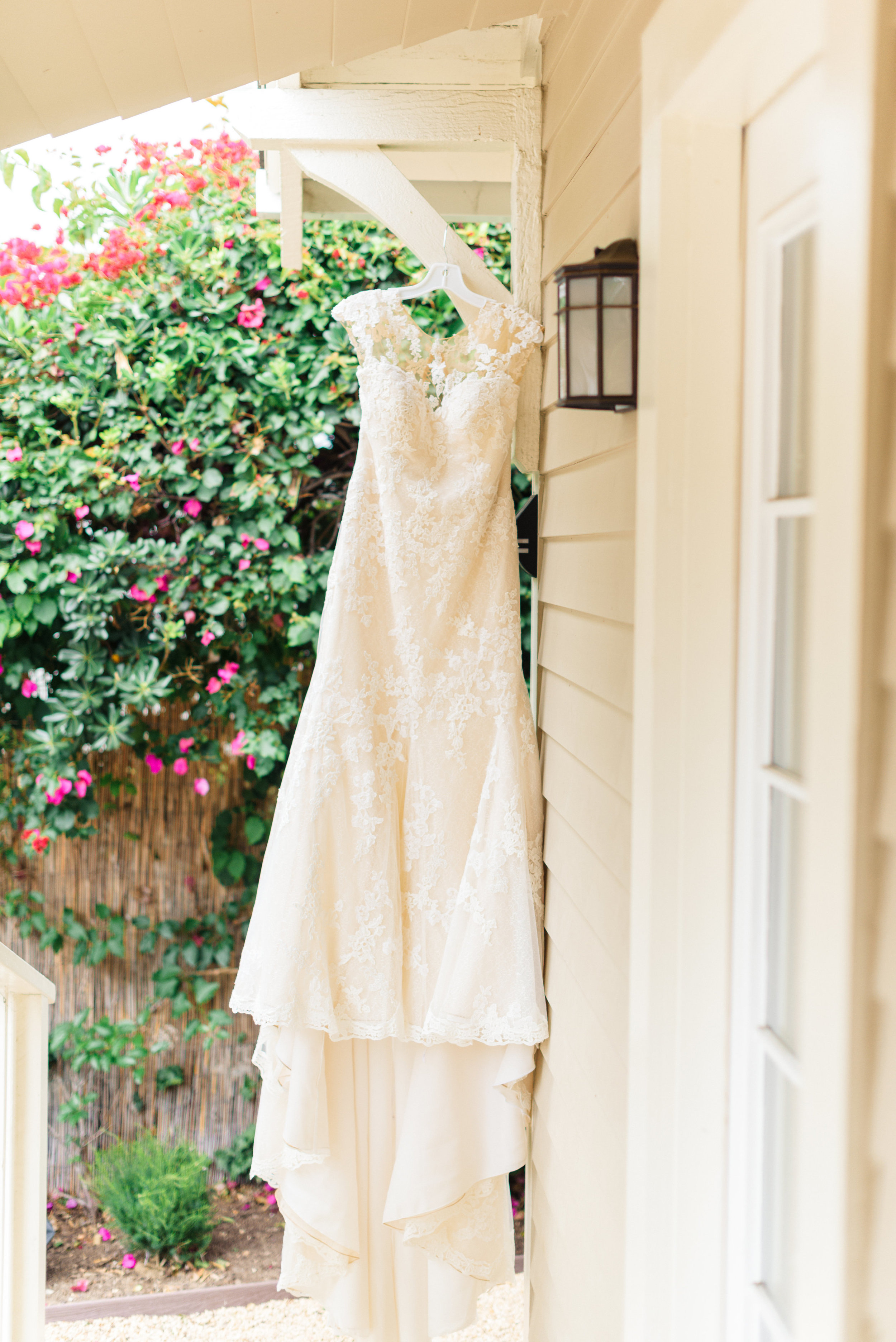 www.santabarbarawedding.com | Sanaz Photography | The Riviera Mansion | Wedding Gown
