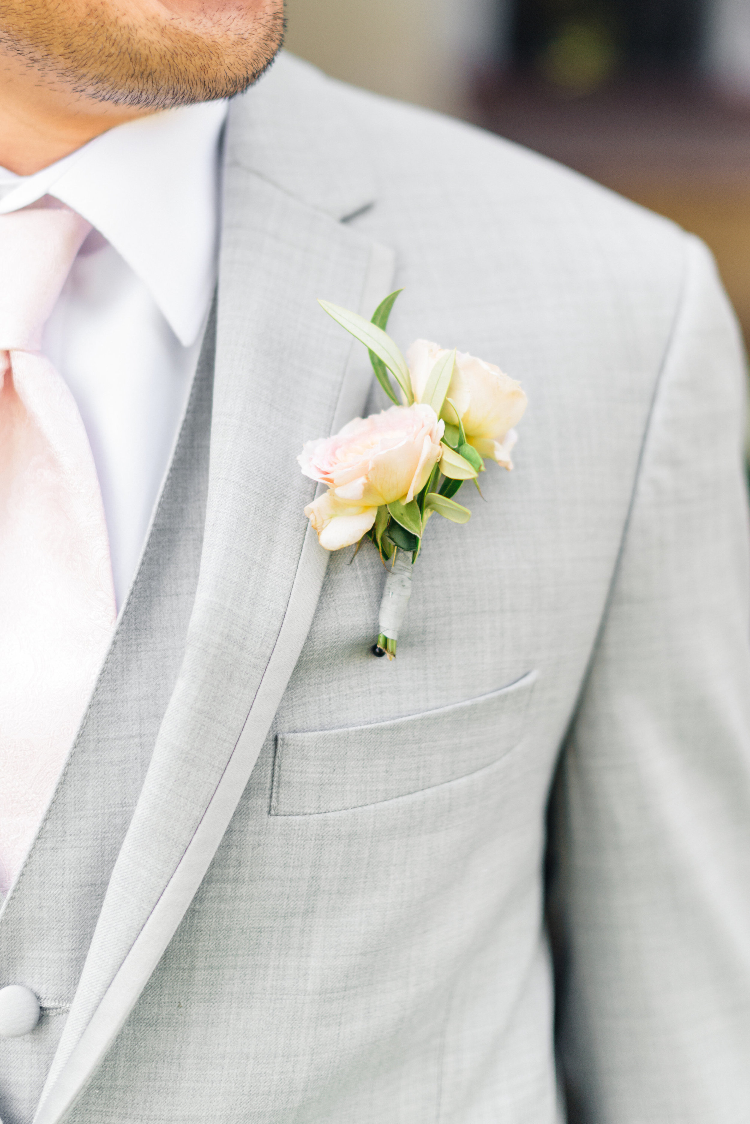 www.santabarbarawedding.com | Sanaz Photography | The Riviera Mansion | Boutonniere
