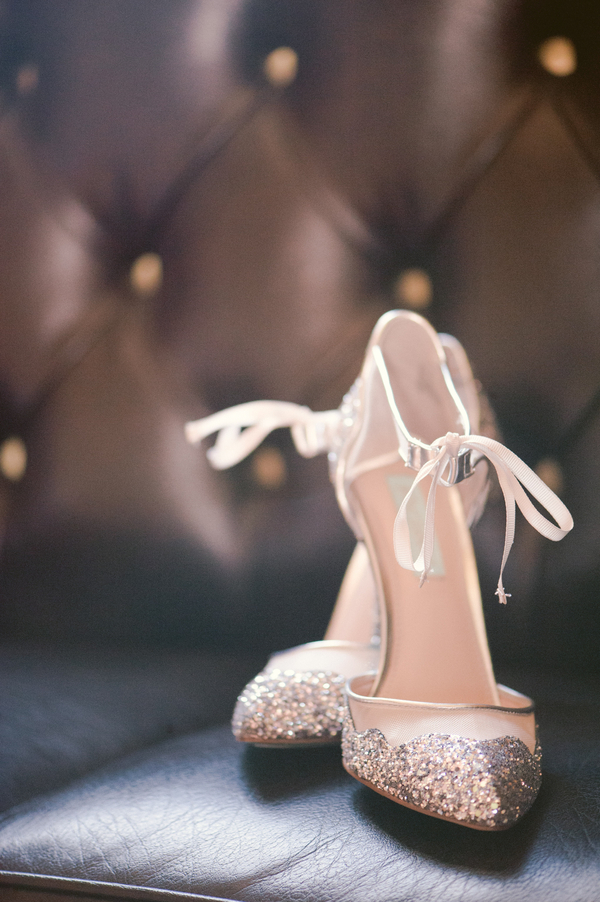 www.santabarbarawedding.com | By Cherry Photography | Santa Barbara Club | Bride's Shoes