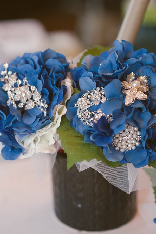 www.santabarbarawedding.com | By Cherry Photography | Santa Barbara Club | Bridal Bouquet