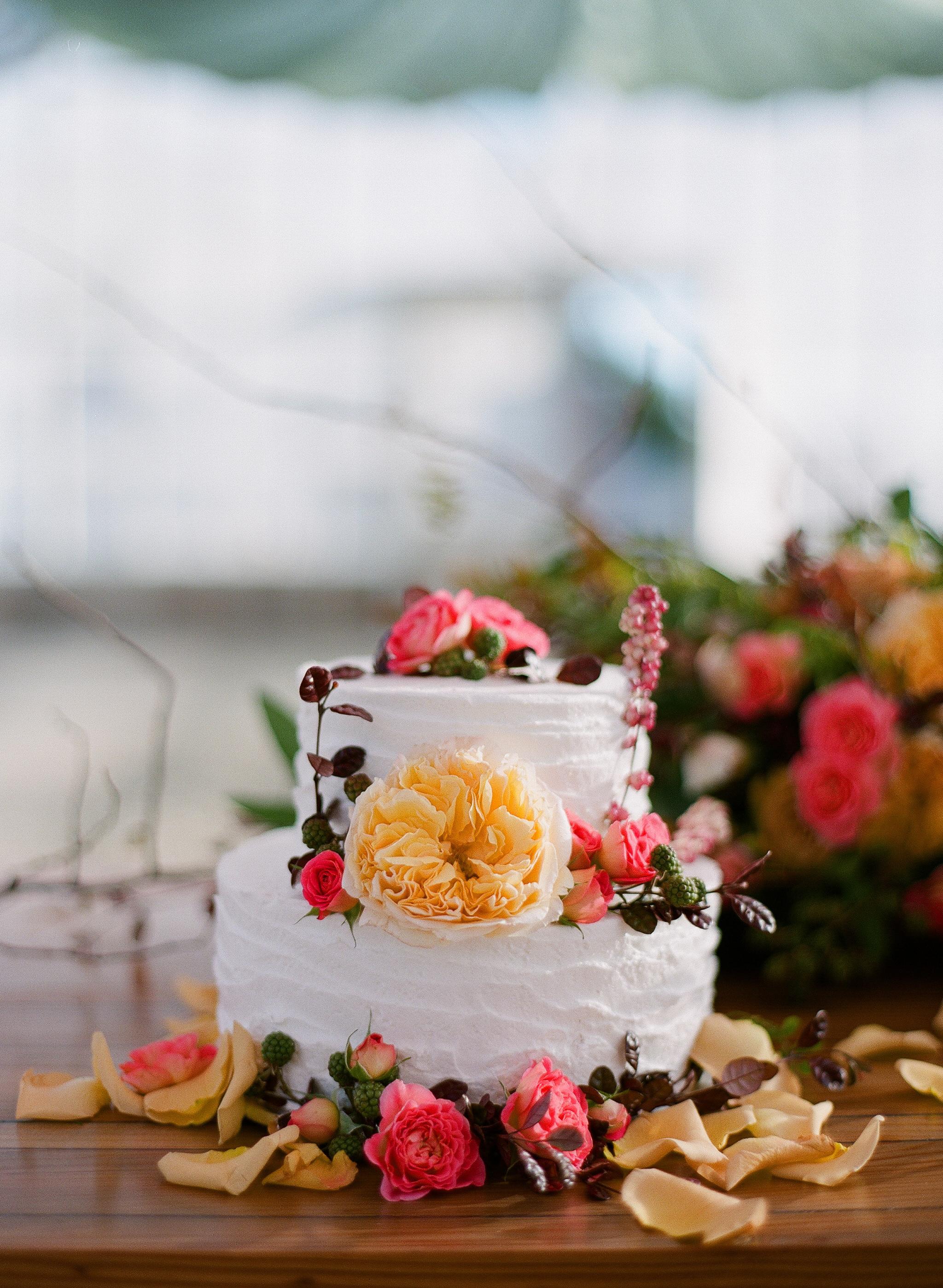 www.santabarbarawedding.com | Megan Sorel Photography | Dos Pueblos Orchid Farm | Wedding Cake