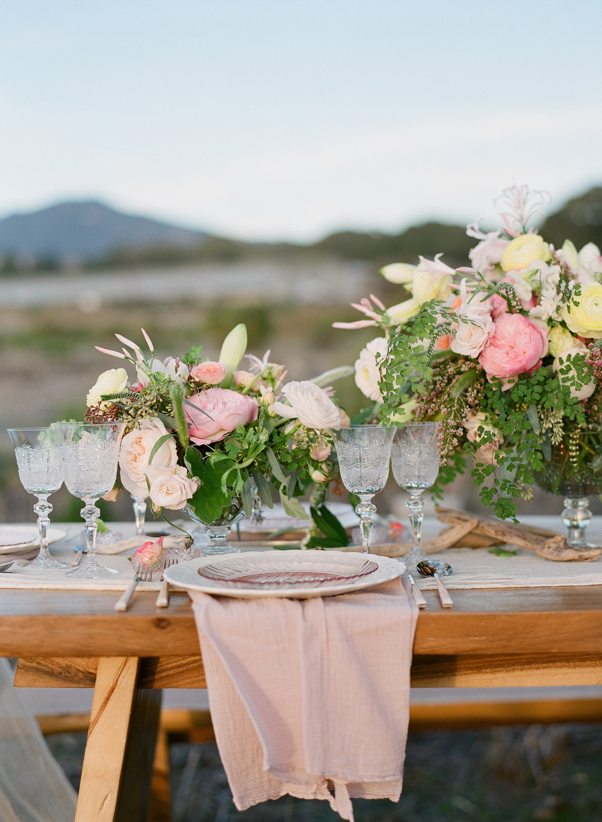 www.santabarbarawedding.com   Megan Sorel Photography   Table