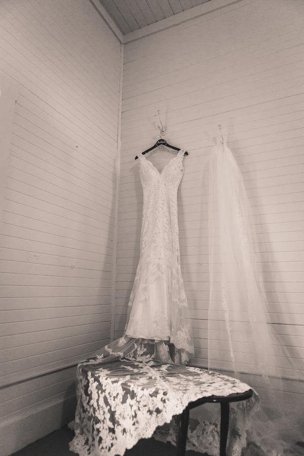 www.santabarbarawedding.com | Kramer Events | Santa Margarita Ranch | Wedding Gown