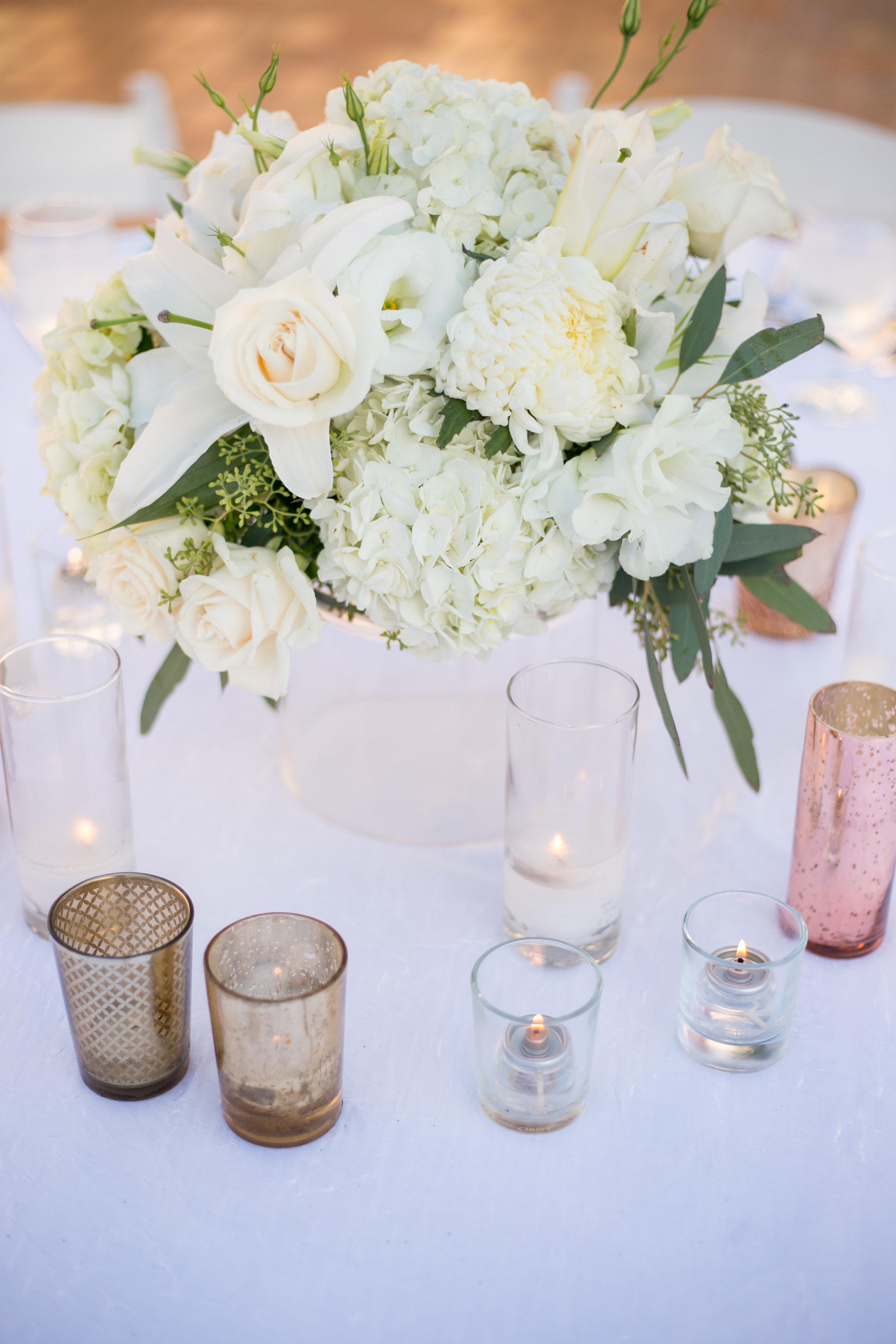 www.santabarbarawedding.com | Chris Schmitt Photography | Felici Events | Fess Parker Double Tree | Reception Floral Arrangement