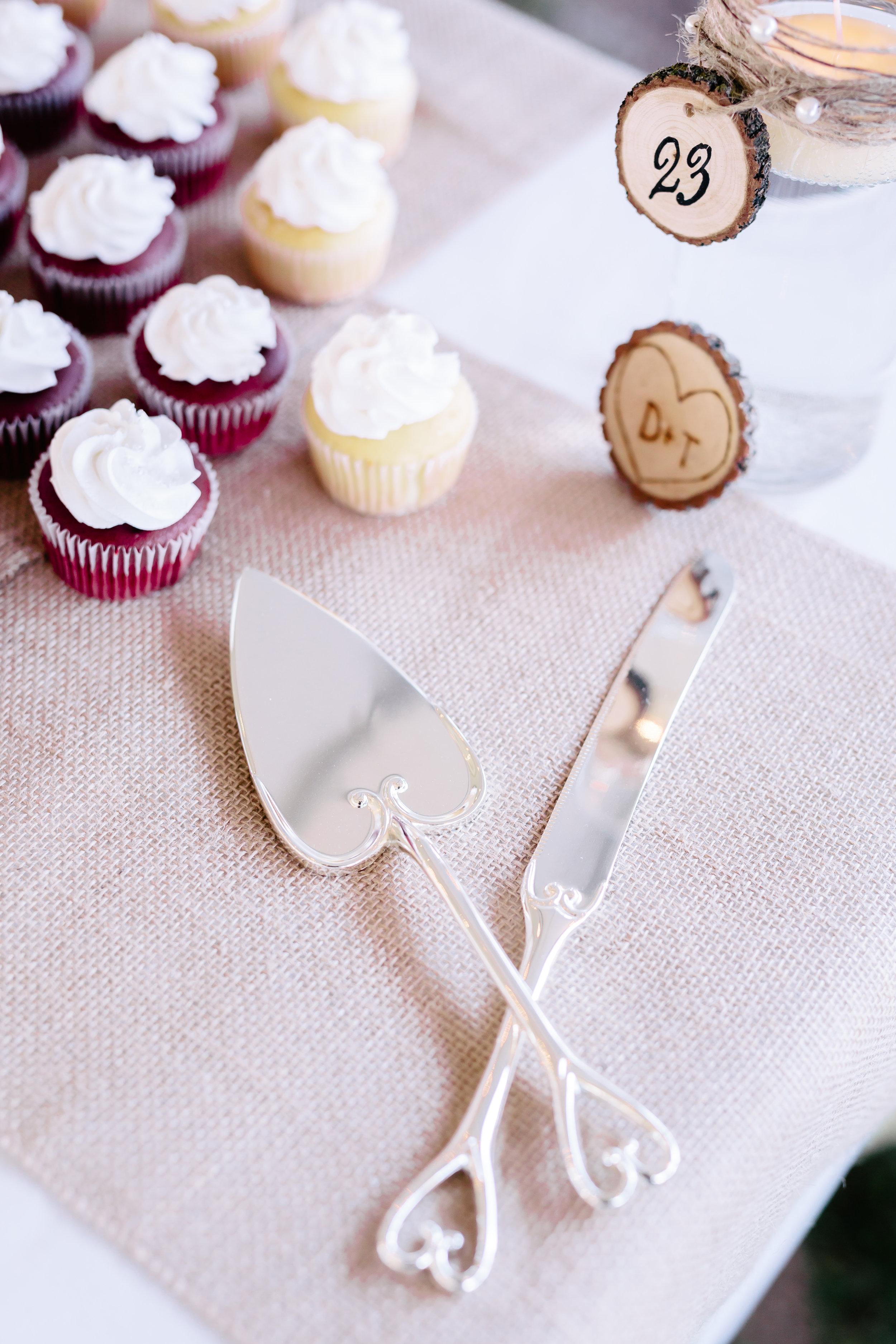 www.santabarbarawedding.com | Rewind Photography | Provence in Ojai | Dessert Table