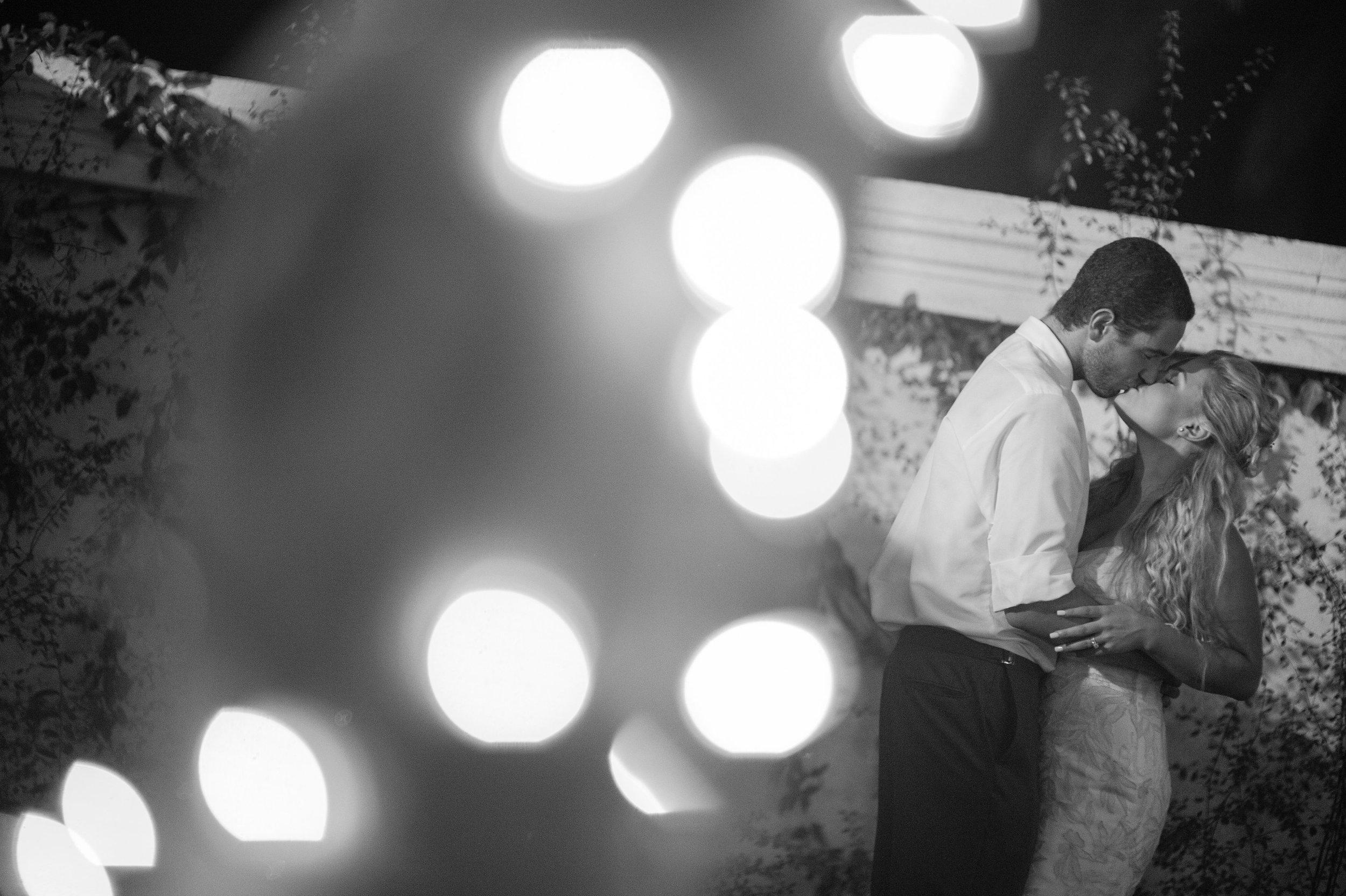 www.santabarbarawedding.com | ByCherry Photography | The Santa Barbara Club | Wedding Venue | Private Estate | Bride and Groom | Outdoor Wedding