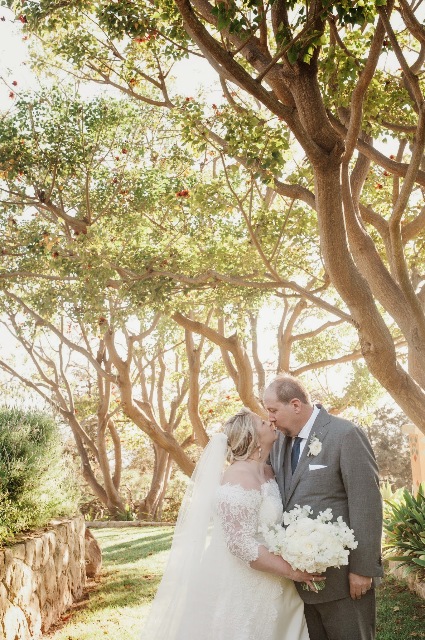 www.santabarbarawedding.com | Andrejka Photography | Villa Verano | Wedding Venue | Private Estate | Bride and Groom