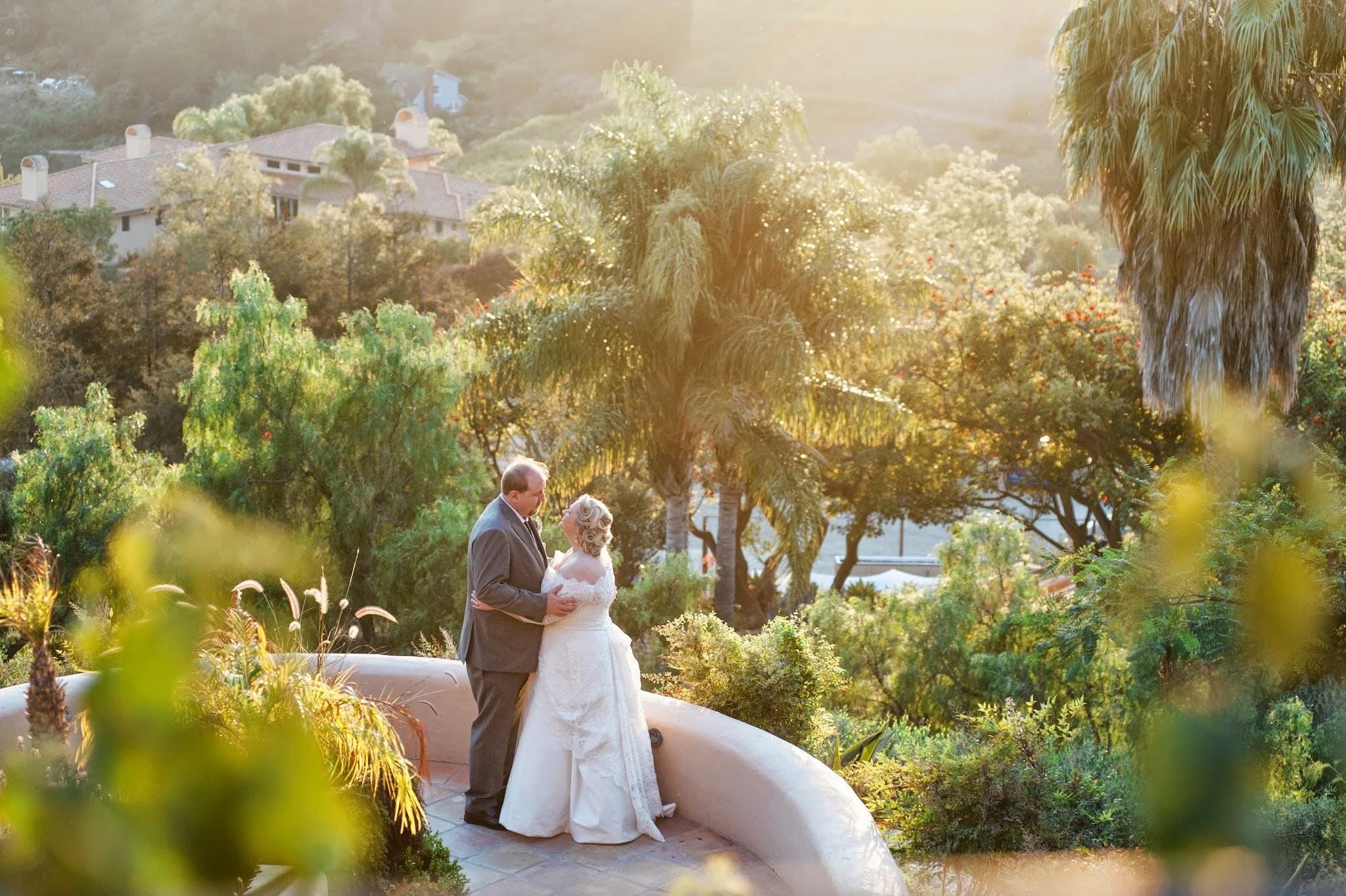 www.santabarbarawedding.com | Andrejka Photography | Villa Verano | Wedding Venue | Private Estate | Bride and Groom | Amazing Views