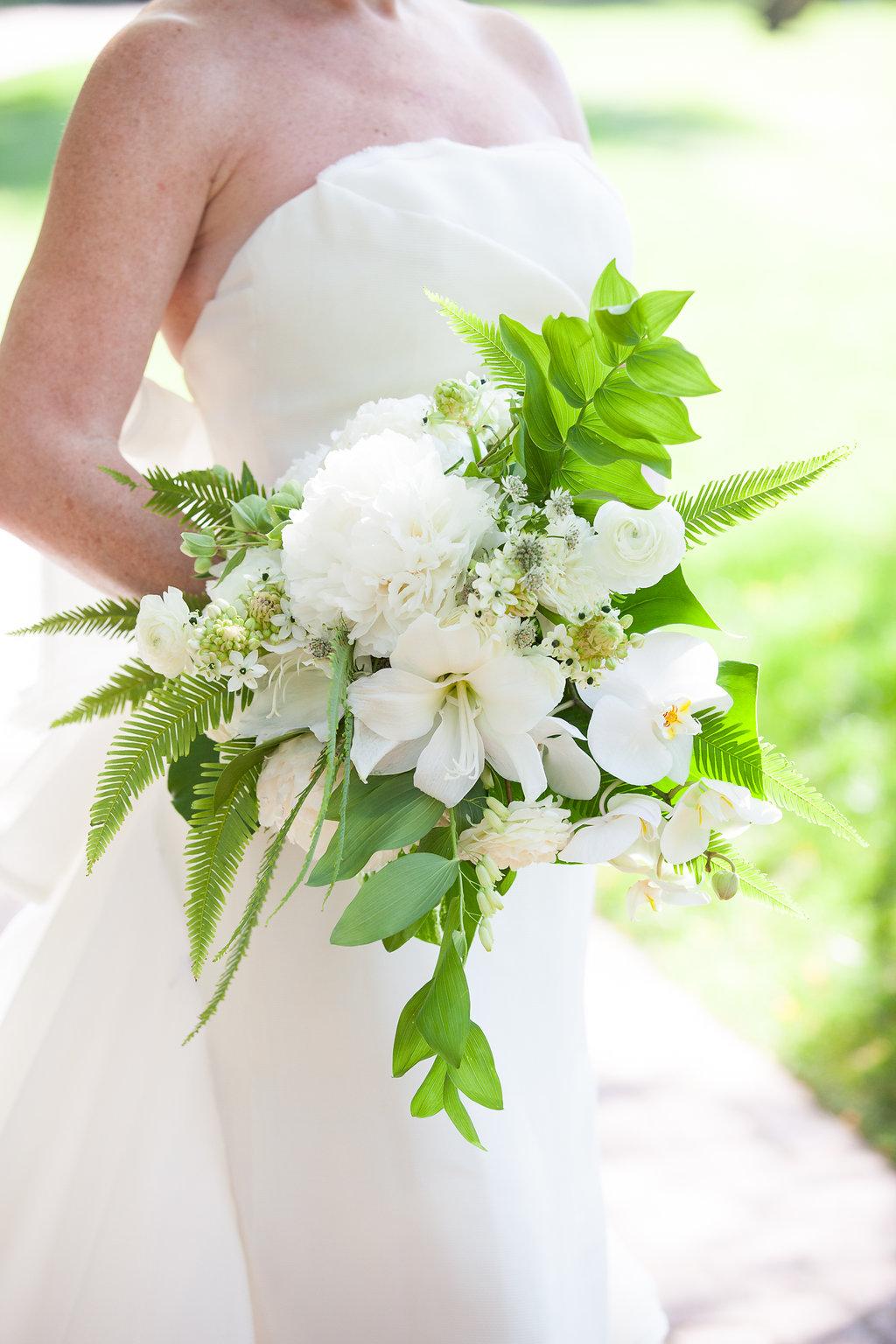 www.santabarbarawedding.com | Melissa Musgrove Photography | Four Seasons Resort The Biltmore | Bridal Bouquet