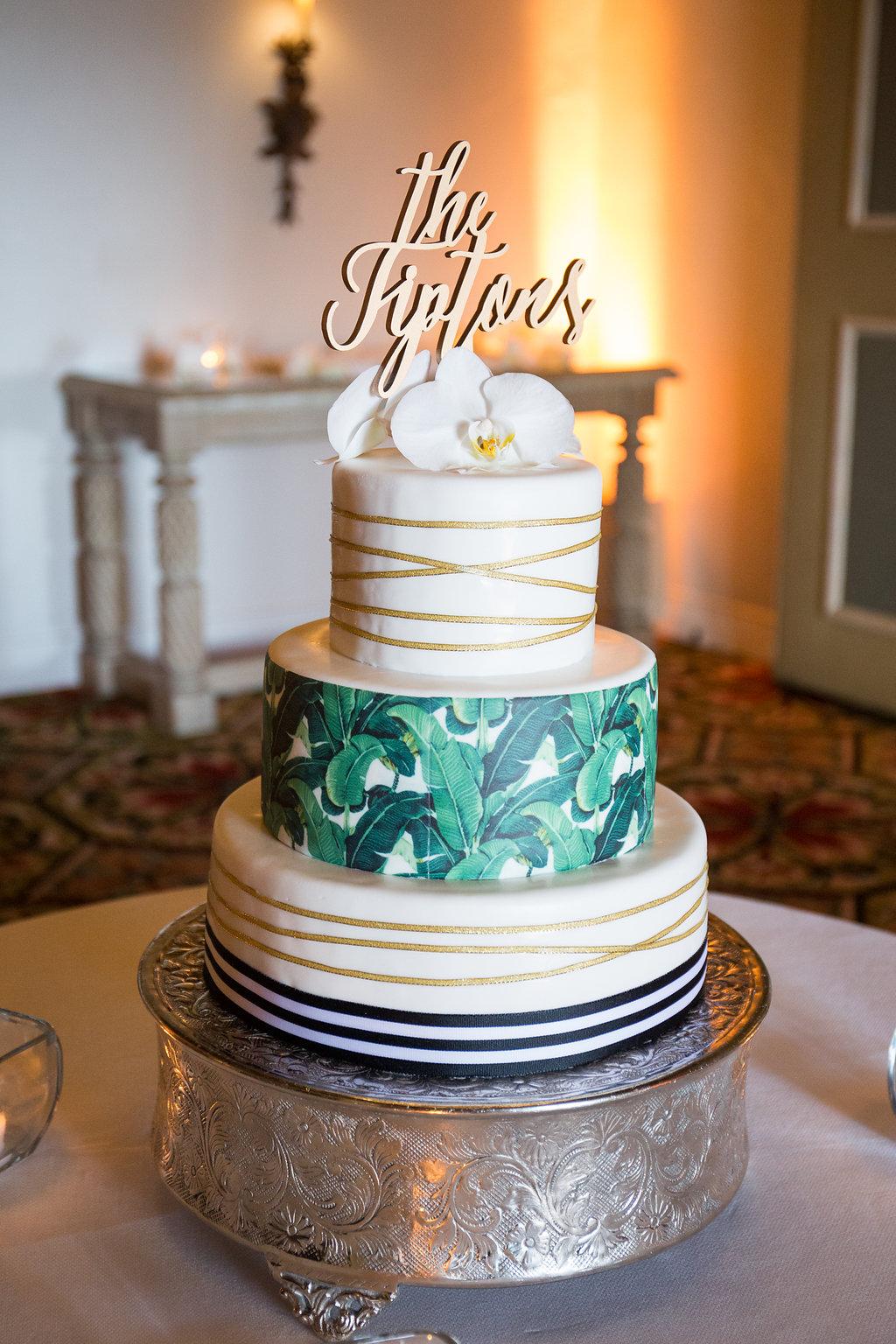 www.santabarbarawedding.com | Melissa Musgrove Photography | Four Seasons Resort The Biltmore | Wedding Cake