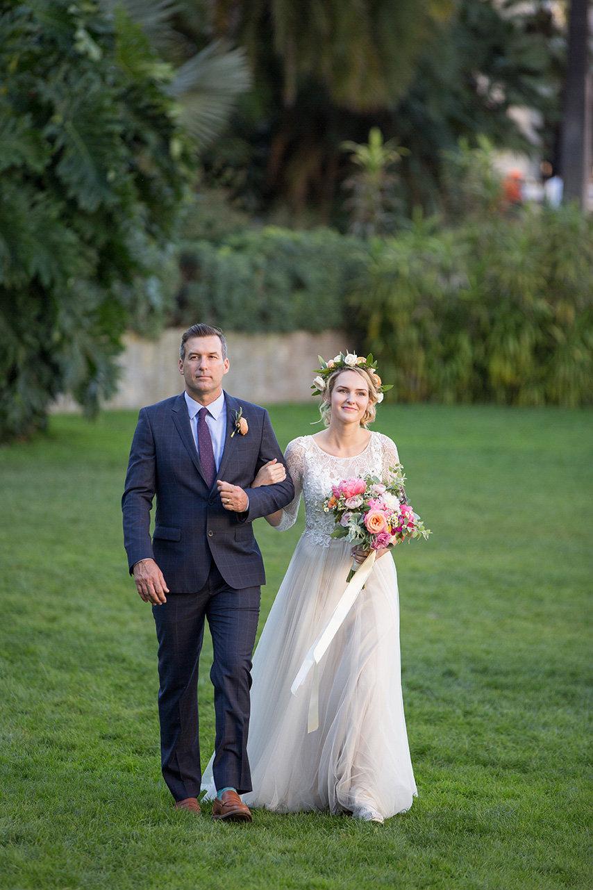 www.santabarbarawedding.com | Anna J Photography | Santa Barbara Courthouse | Bride and Father of the Bride