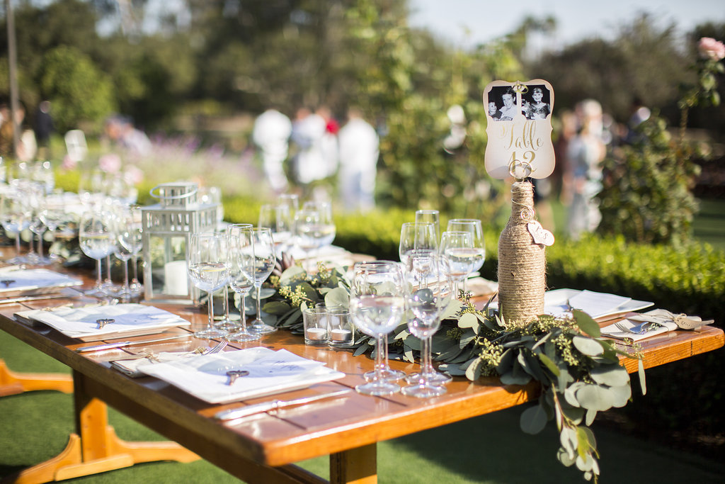 www.santabarbarawedding.com | Heartstone Ranch | Anna Schmidt Photography | Reception Table