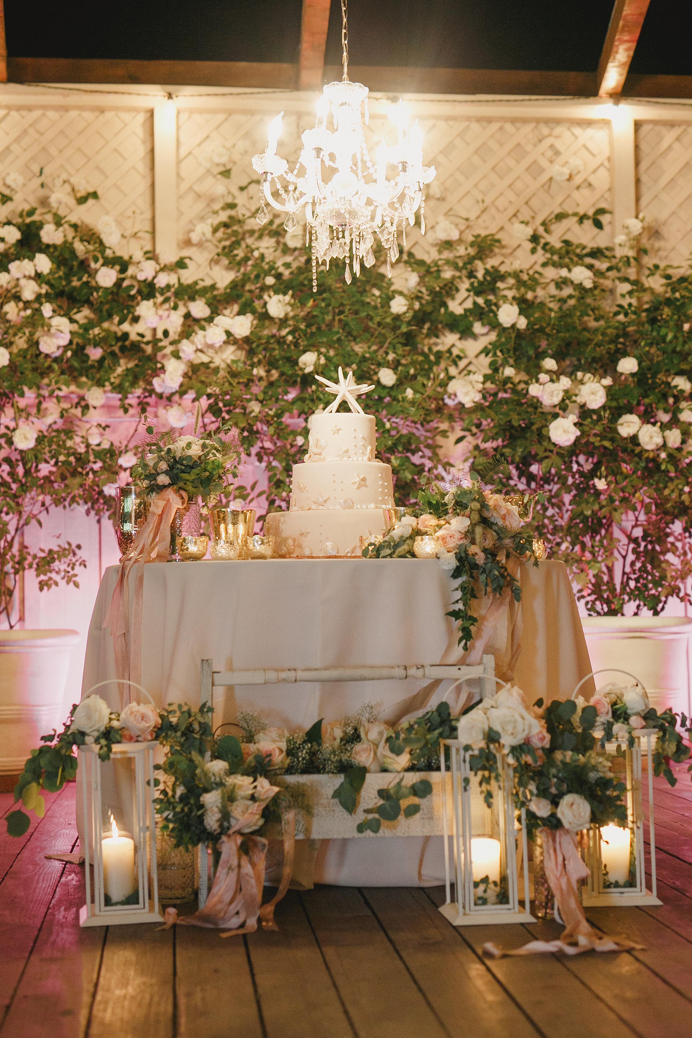 www.santabarbarawedding.com | Kristen Booth Photography | Rincon Beach Club | Wedding Cake