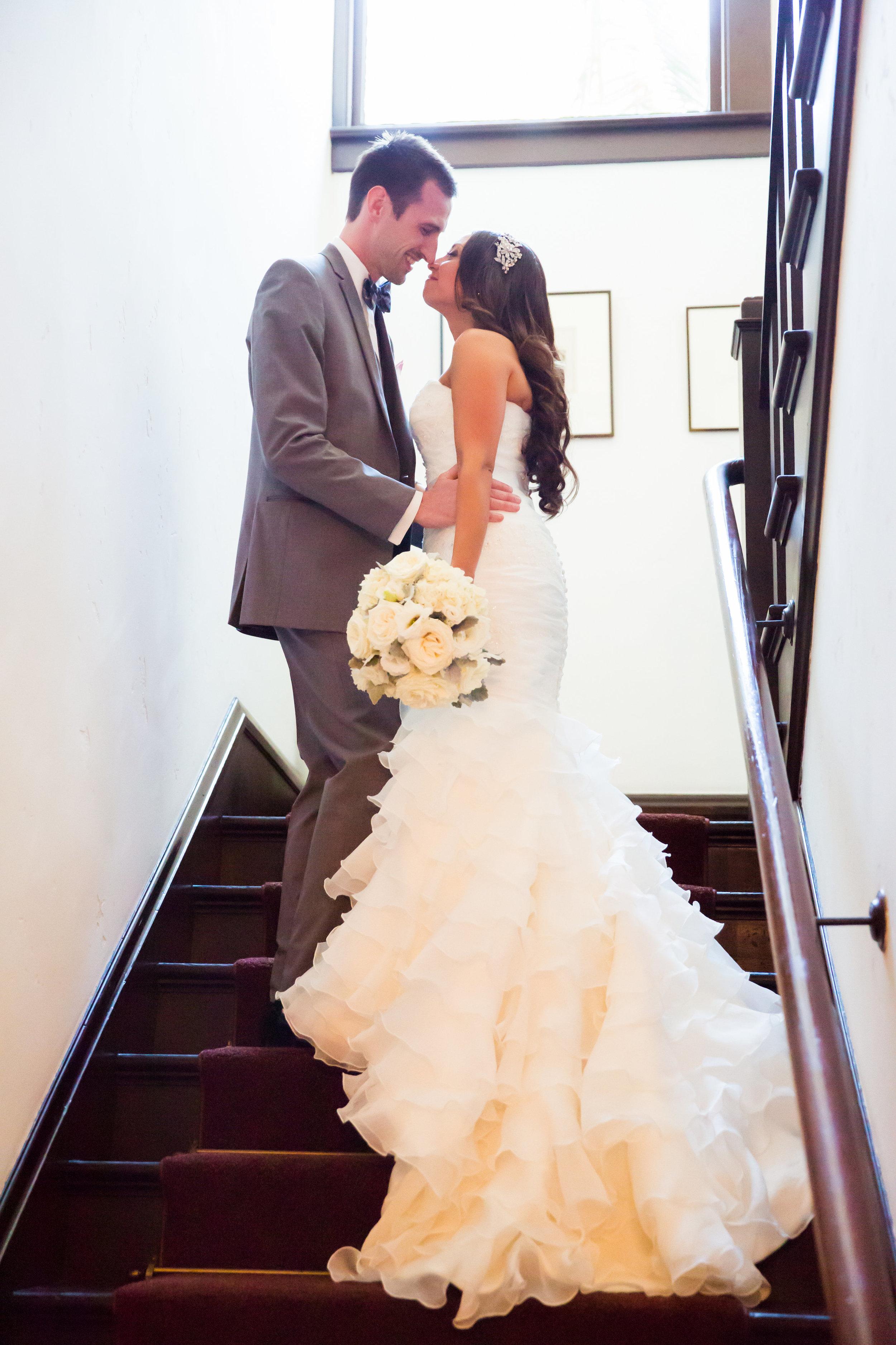 www.santabarbarawedding.com | Santa Barbara Club | Jessica Fairchild Photography | Bride and Groom | First Look