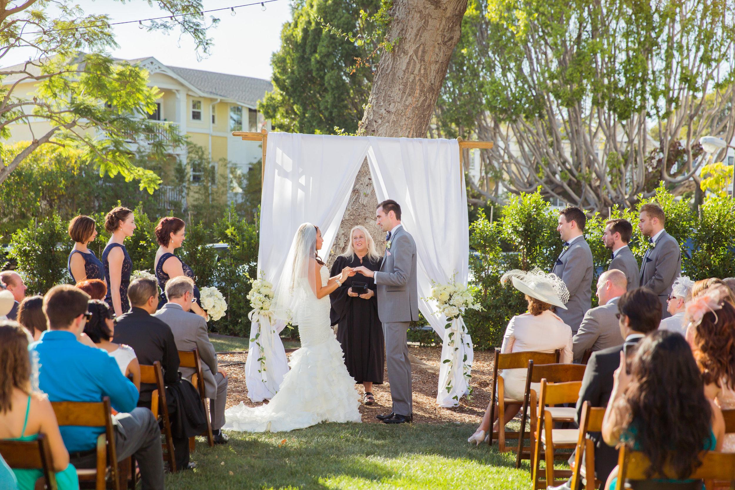 www.santabarbarawedding.com | Santa Barbara Club | Jessica Fairchild Photography | Ceremony