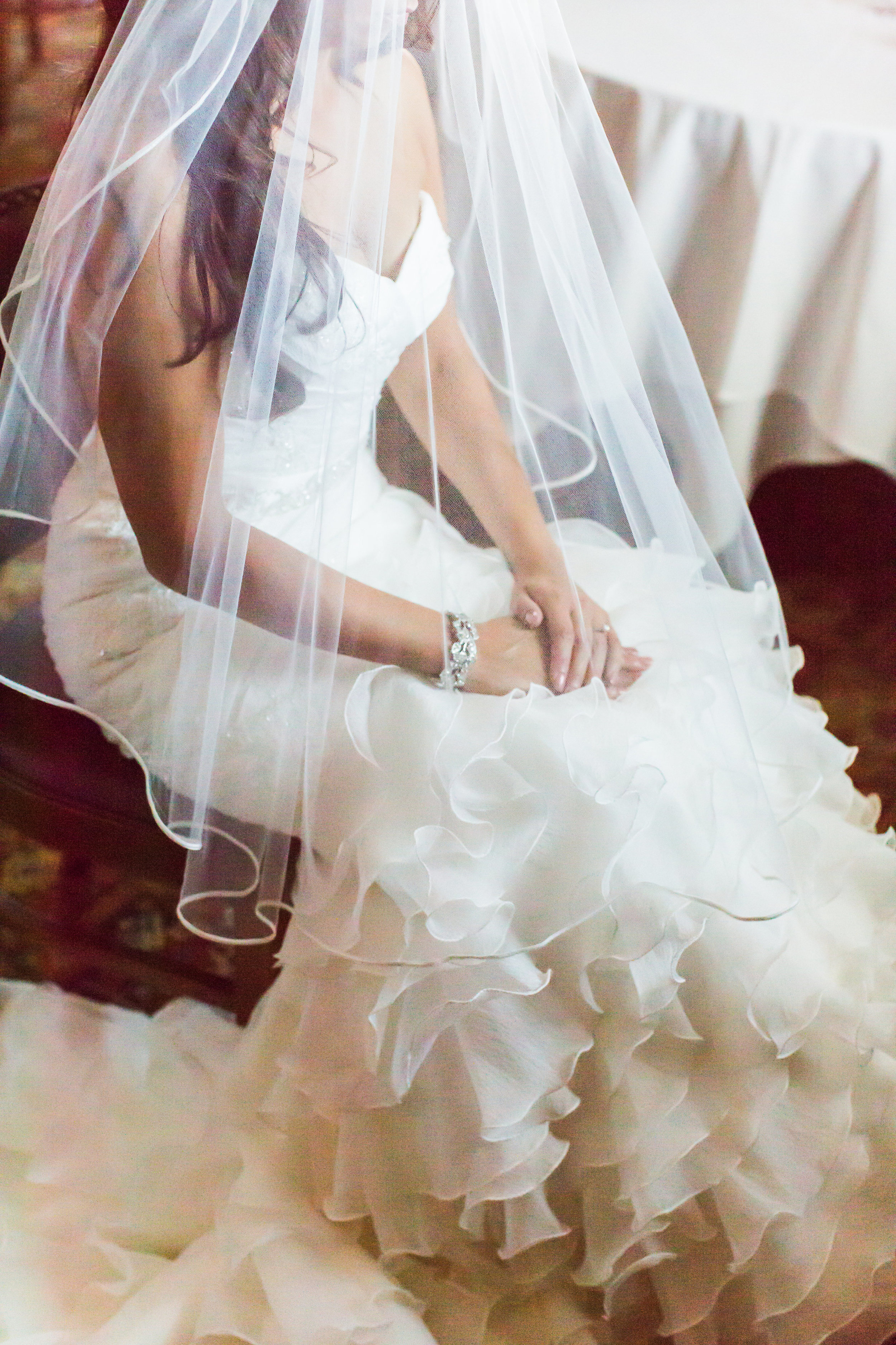www.santabarbarawedding.com | Santa Barbara Club | Jessica Fairchild Photography | Bride