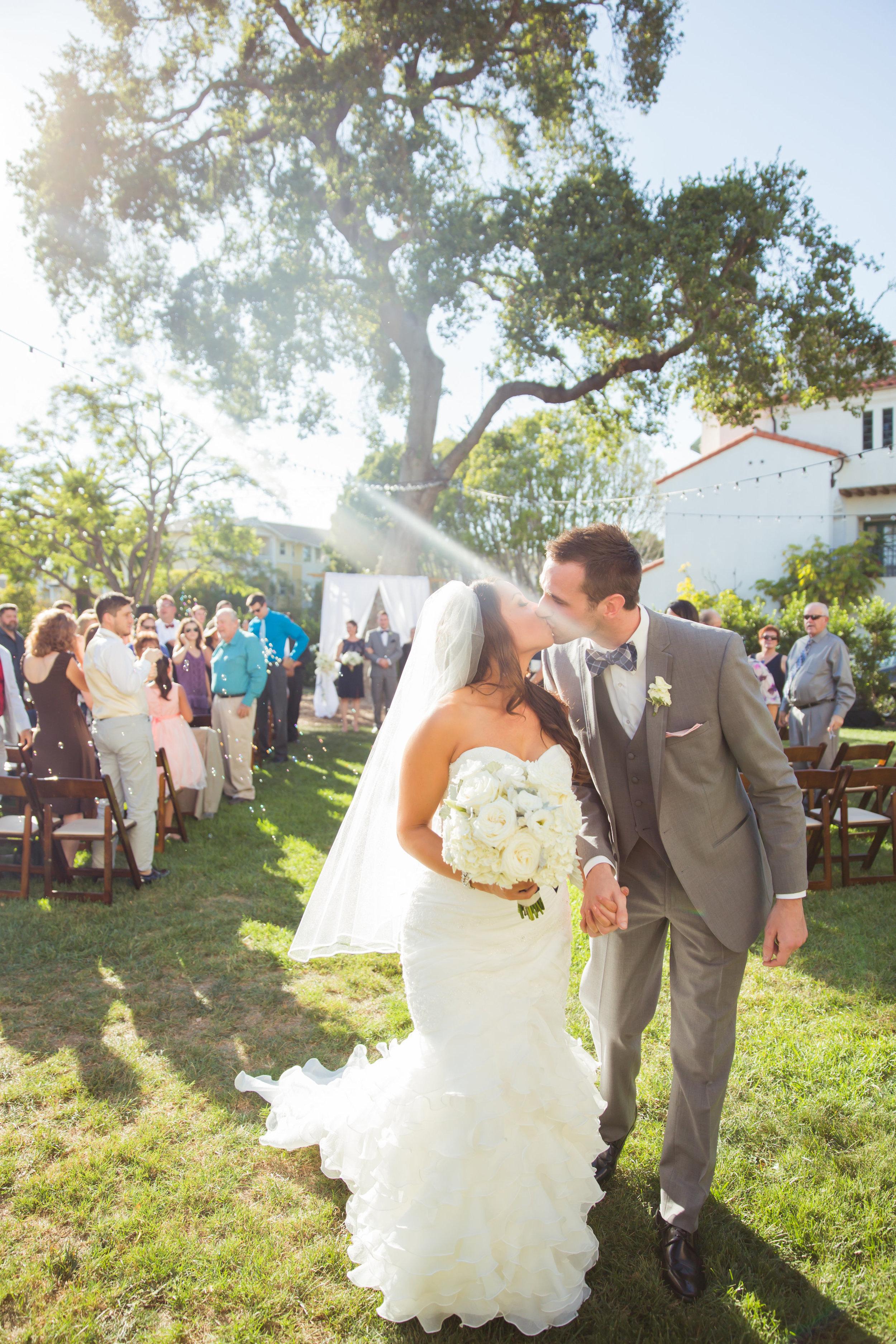 www.santabarbarawedding.com | Santa Barbara Club | Jessica Fairchild Photography | Bride and Groom | Ceremony