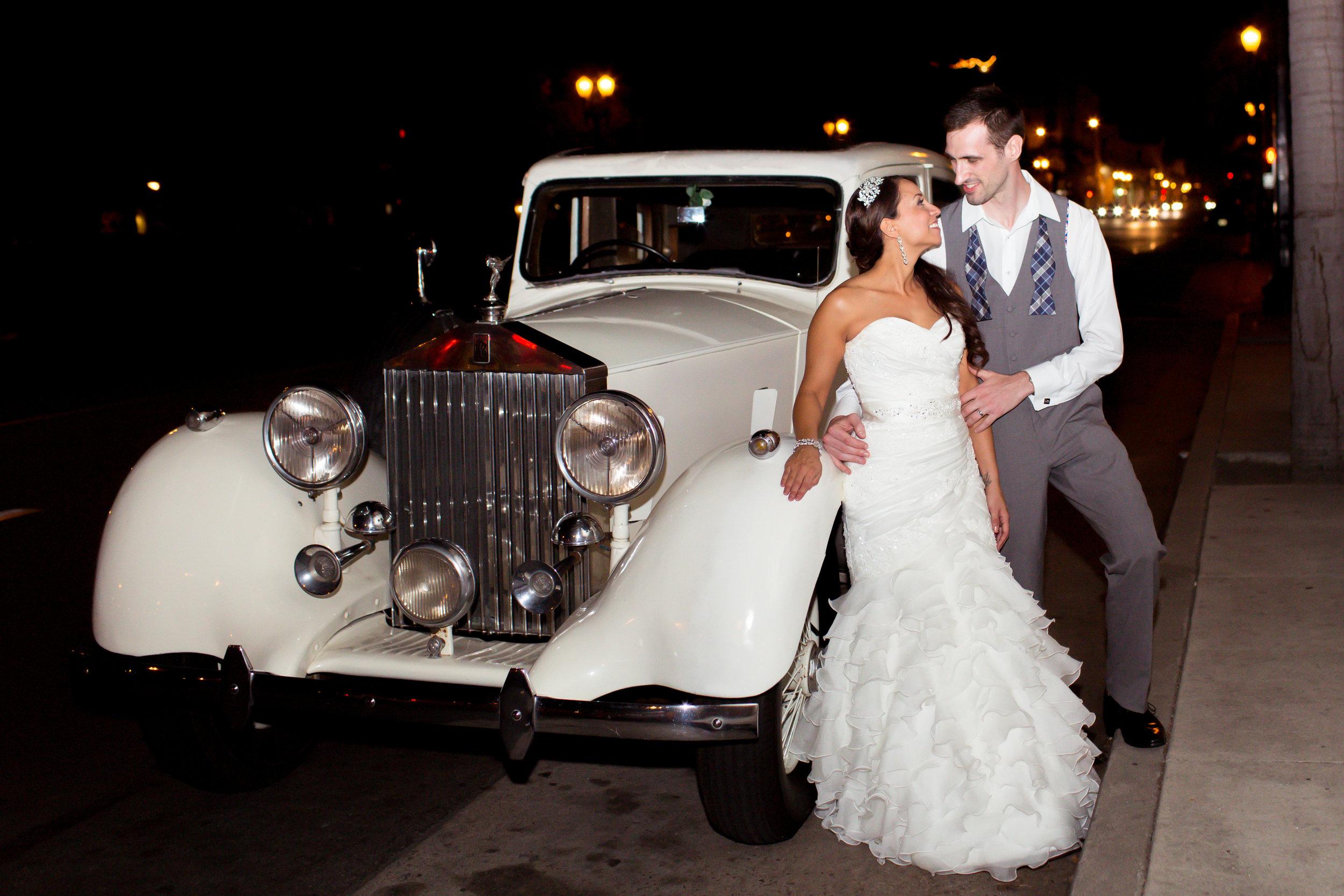 www.santabarbarawedding.com | Santa Barbara Club | Jessica Fairchild Photography | Bride and Groom | Classic Car