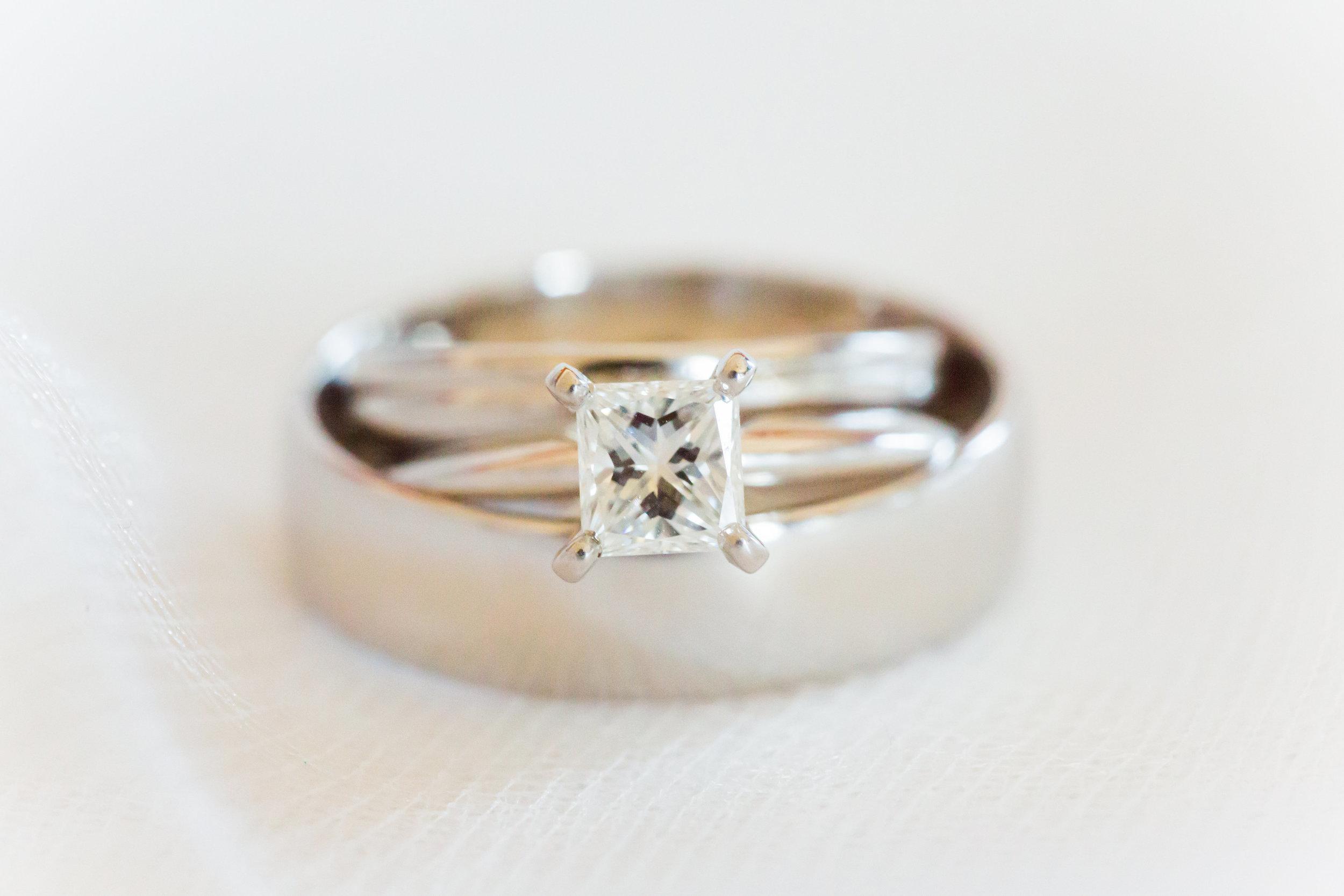 www.santabarbarawedding.com | Santa Barbara Club | Jessica Fairchild Photography | Wedding Rings