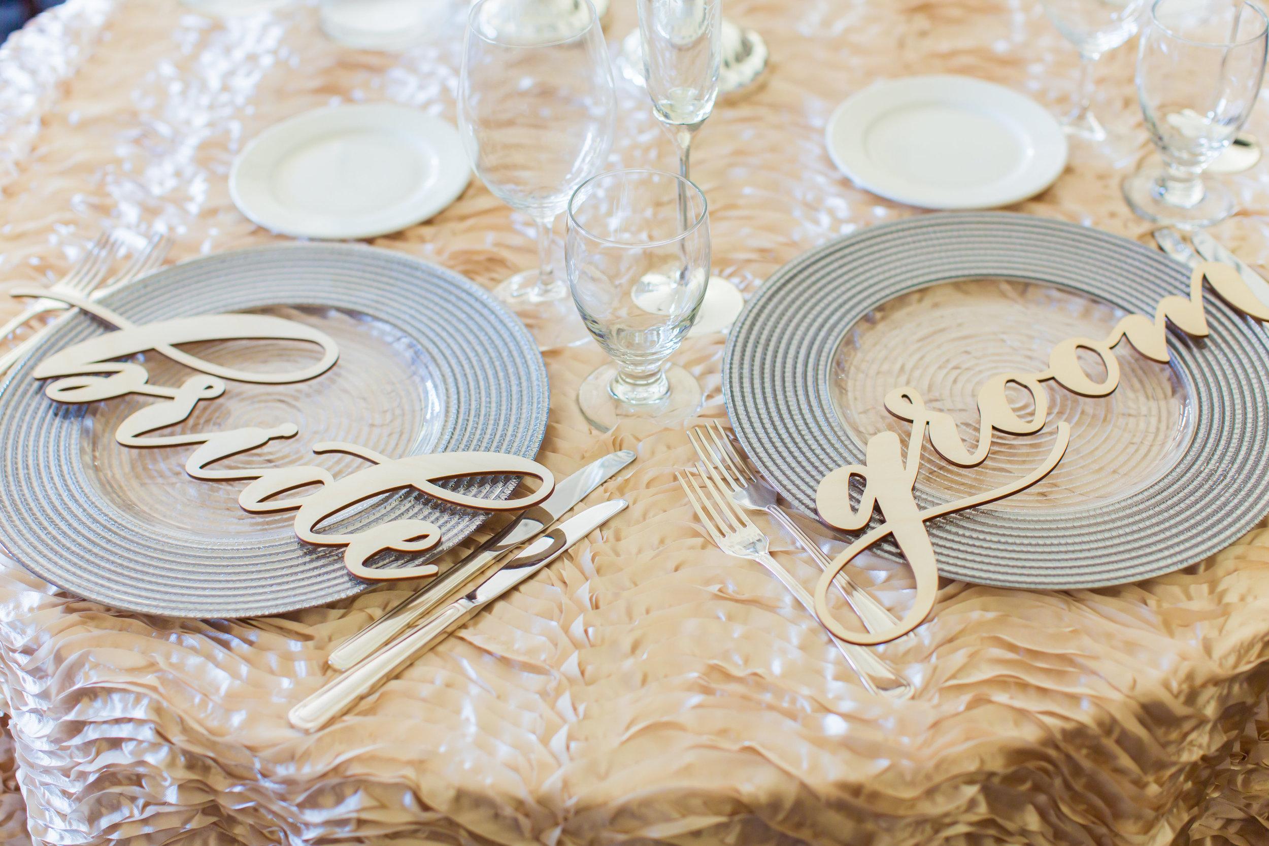 www.santabarbarawedding.com | Santa Barbara Club | Jessica Fairchild Photography | Bride and Groom Table Settings