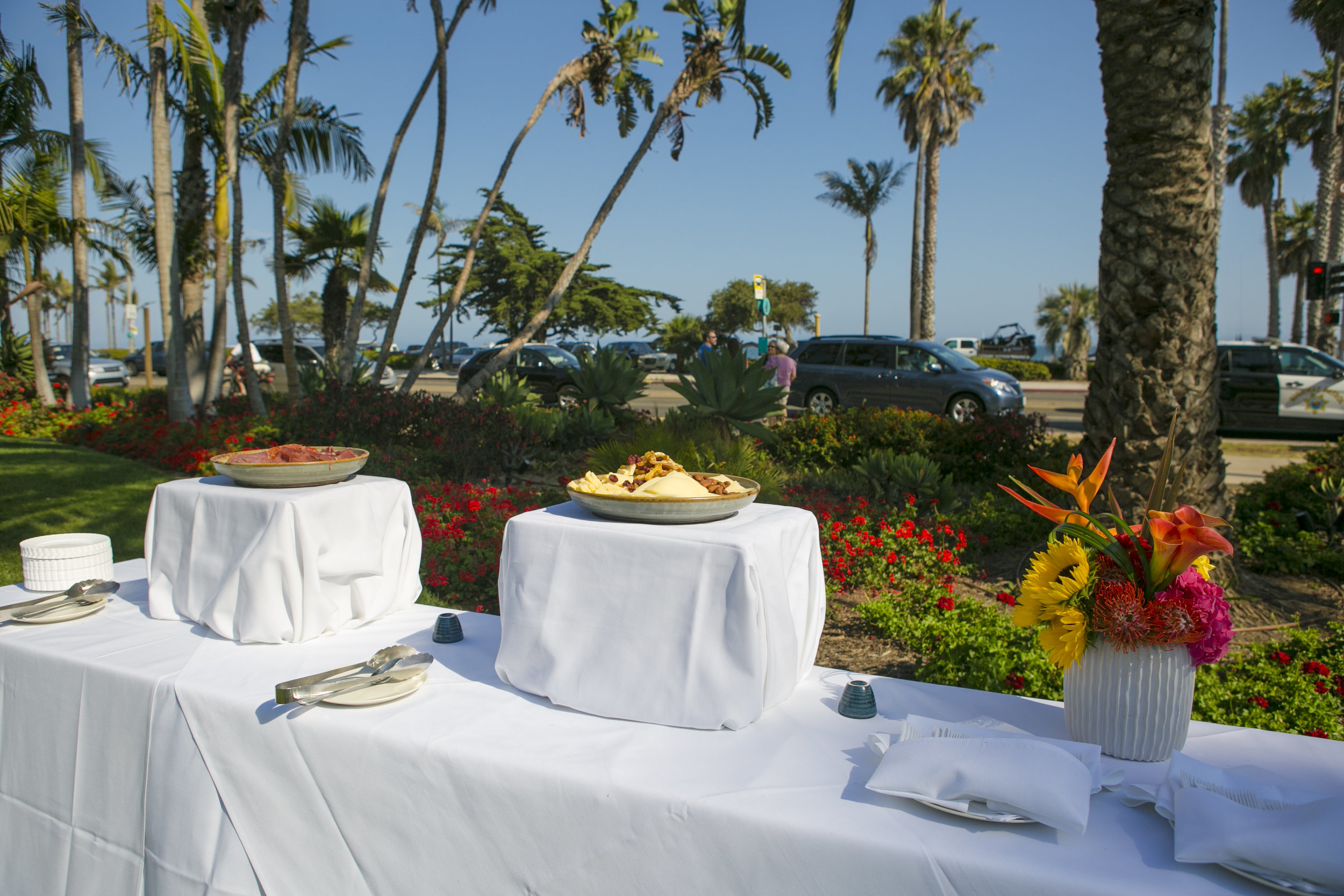 www.santabarbarawedding.com | ByCherry Photography | Felici Events | Convivo Restaurant | Reception Food