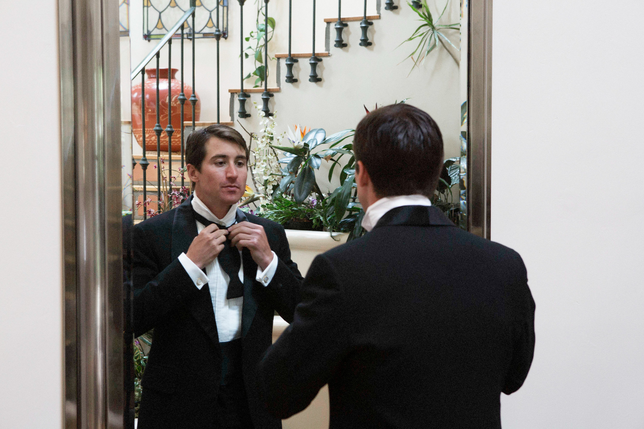 www.santabarbarawedding.com | Villa Verano | Clarissa Koenig Photography | Felici Events | Groom getting ready