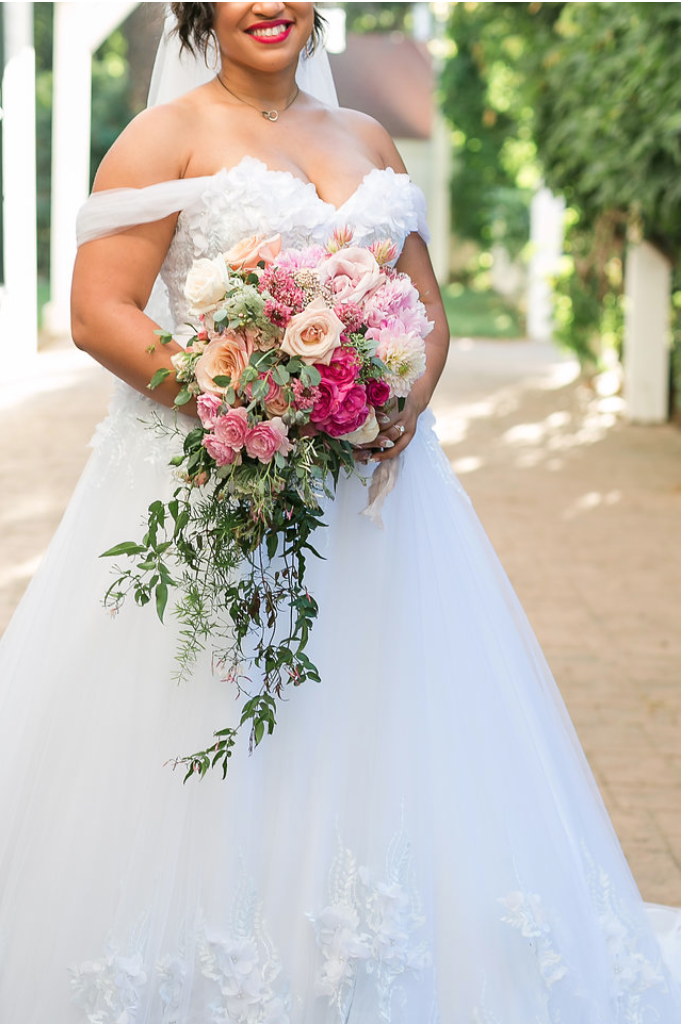 www.santabarbarawedding.com | Mattei's Tavern | Staci Stack Photography | Bride