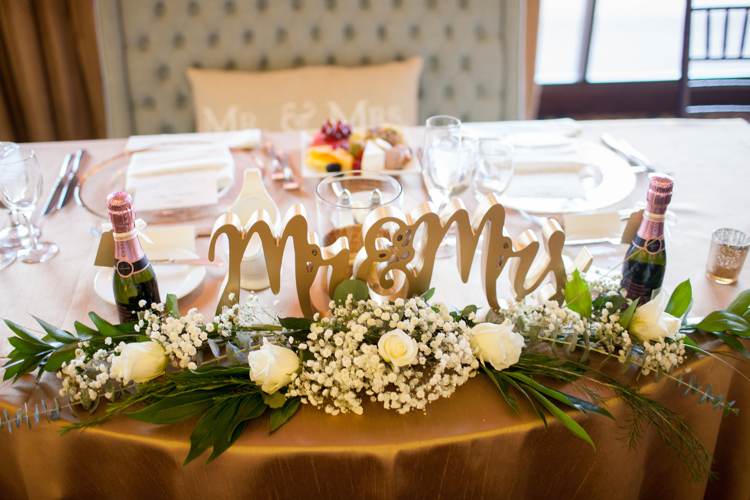 www.santabarbarawedding.com | Kelsey Crews | Fess Parker Doubletree | Bride and Groom's Table