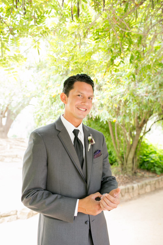 www.santabarbarawedding.com | Kelsey Crews | Felici Events | Alice Keck Park | Groom