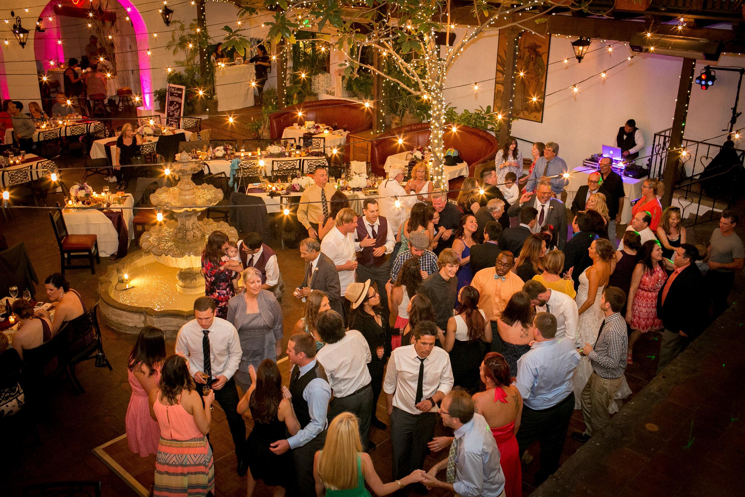 www.santabarbarawedding.com | Kelsey Crews | Felici Events | El Paseo | Reception