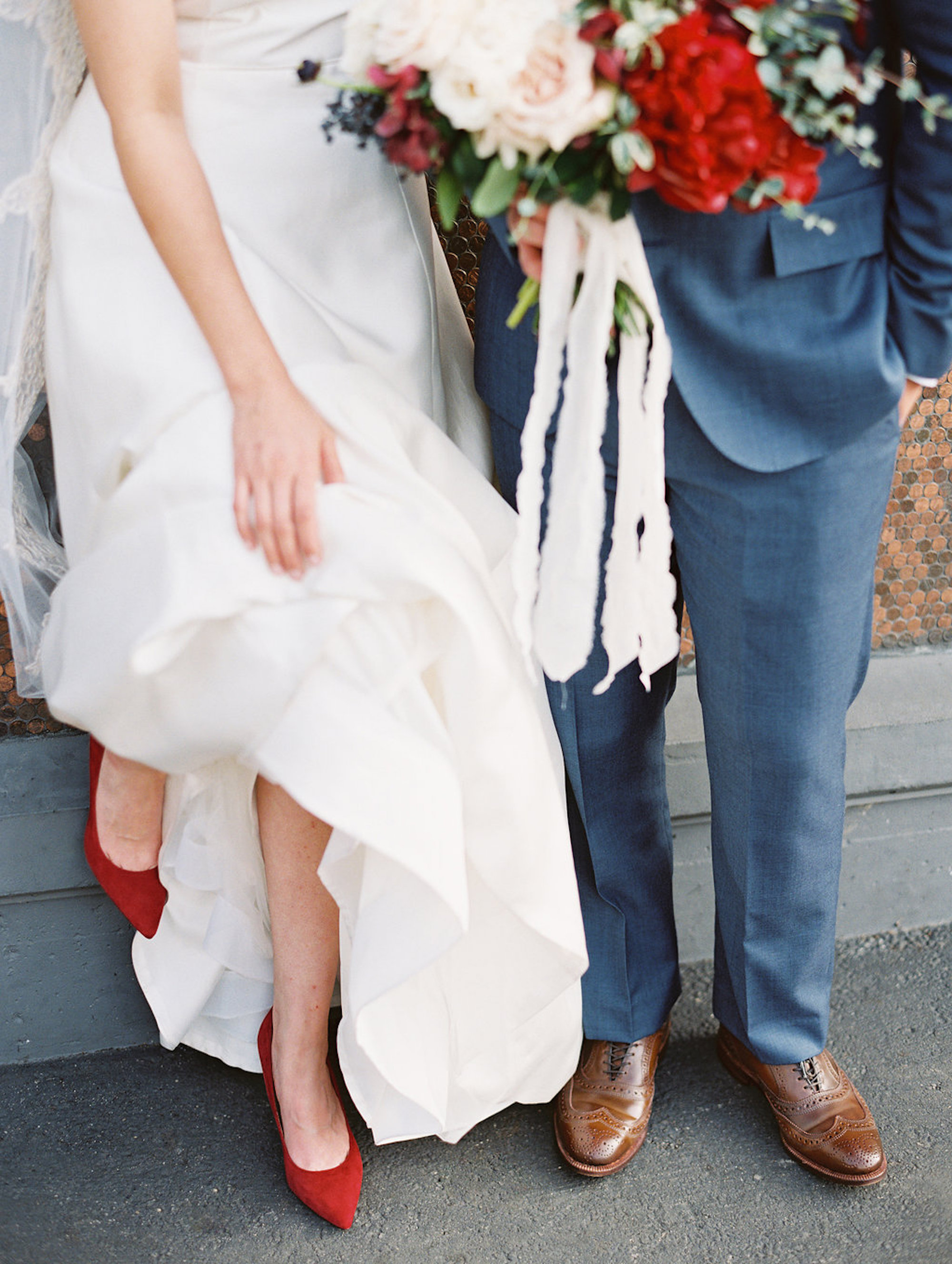 www.santabarbarawedding.com | Lavender & Twine | Michele B. Events | Santa Barbara Courthouse | Bride and Groom