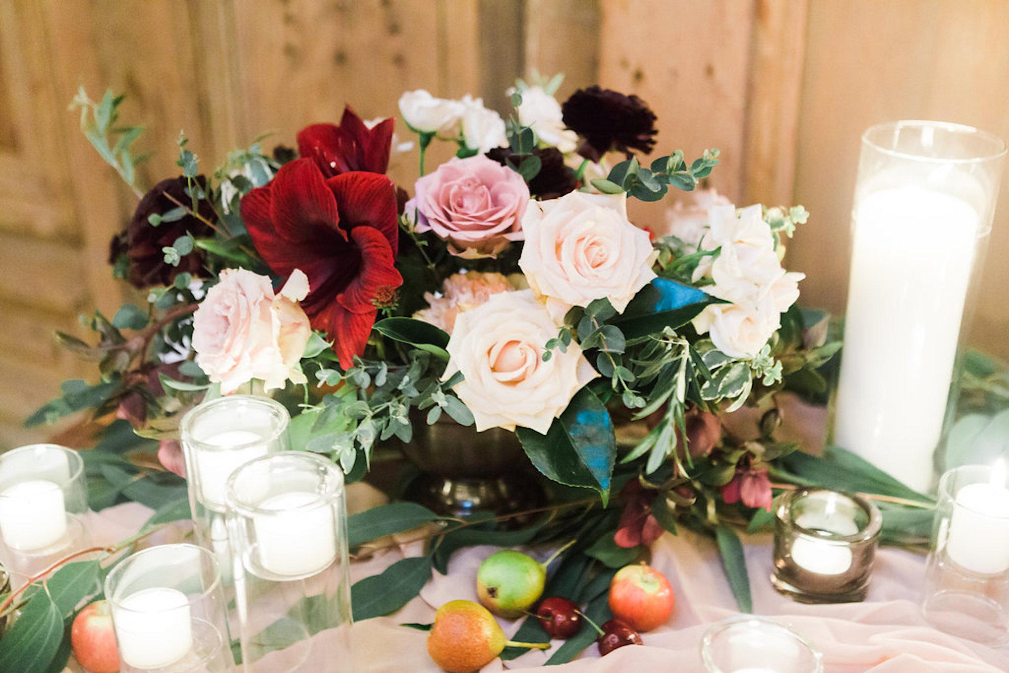 www.santabarbarawedding.com | Lavender & Twine | Michele B. Events | Santa Barbara Courthouse | Flower Arrangement