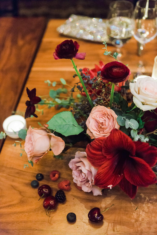 www.santabarbarawedding.com | Lavender & Twine | Michele B. Events | Santa Barbara Courthouse | Reception Floral Arrangement