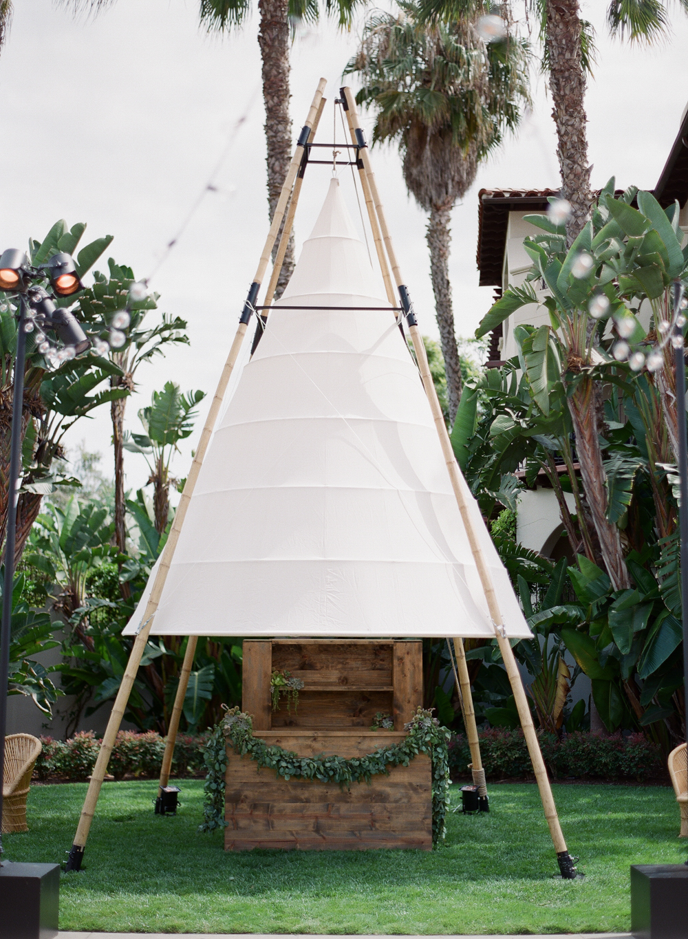 www.santabarbarawedding.com | Megan Sorel Photography | Bacara Resort and Spa | Teepee Decor | Eclectic Wedding | Alexandra Kolendrianos | Town and Country Event Rentals