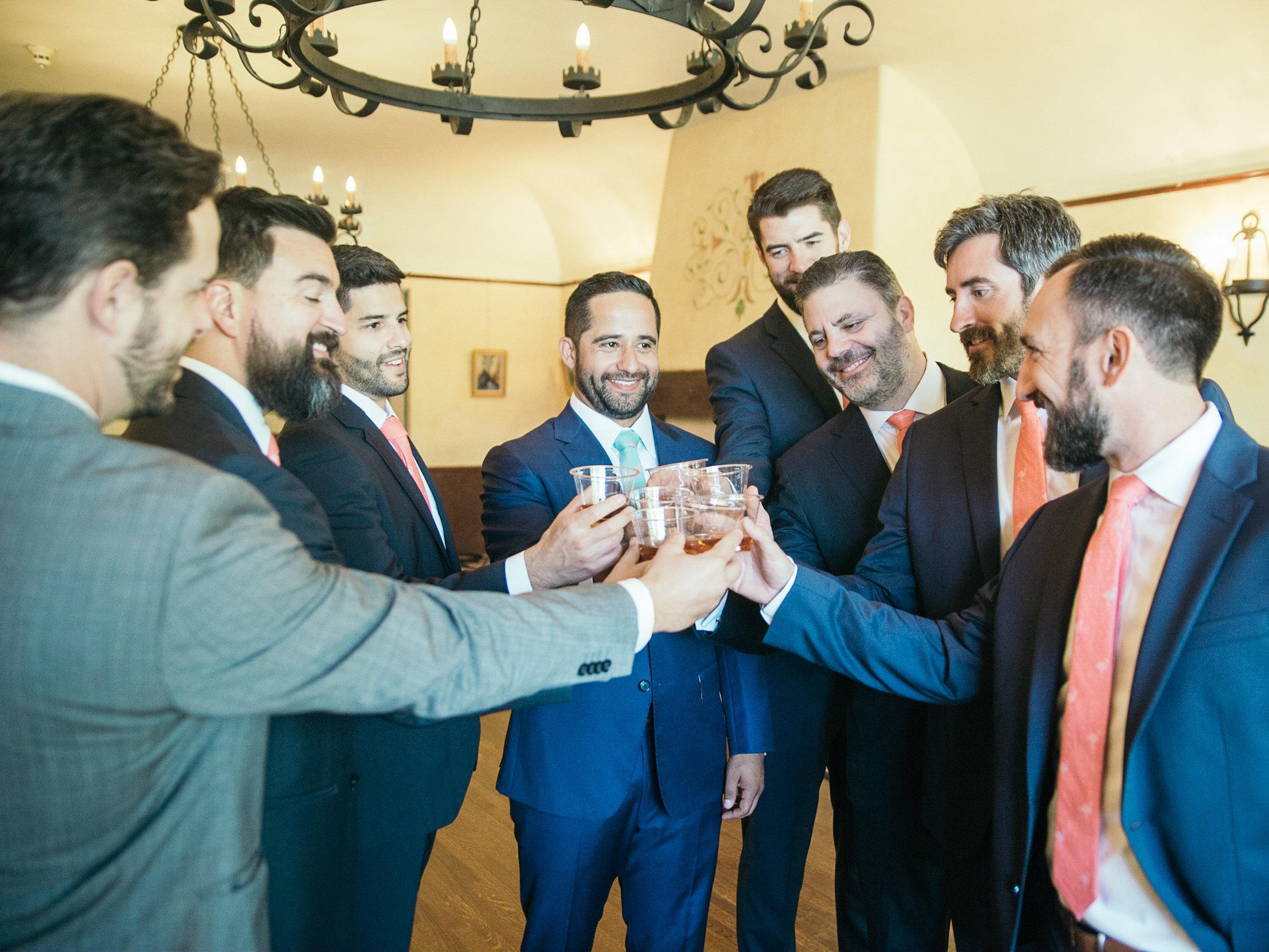 www.santabarbarawedding.com | Kiel Rucker | Riviera Mansion | Groomsmen Drinks