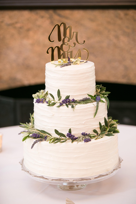 www.santabarbarawedding.com   Melissa Musgrove Photography   Margaret Joan Florals   Wedding Cake