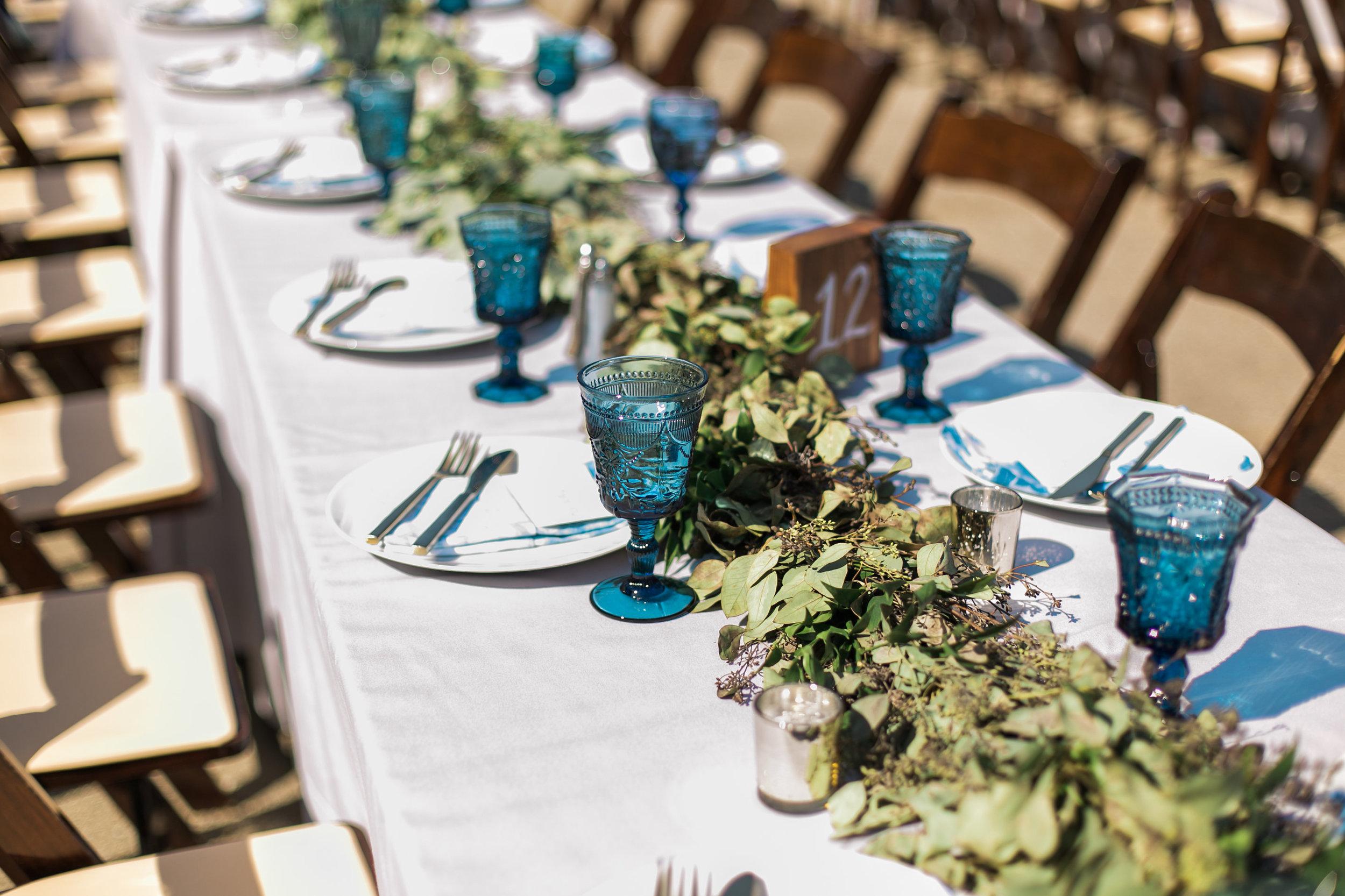 www.santabarbarawedding.com | Ann Johnson | Katie Shuler Photography | Ventura Botanical Gardens | Reception Table